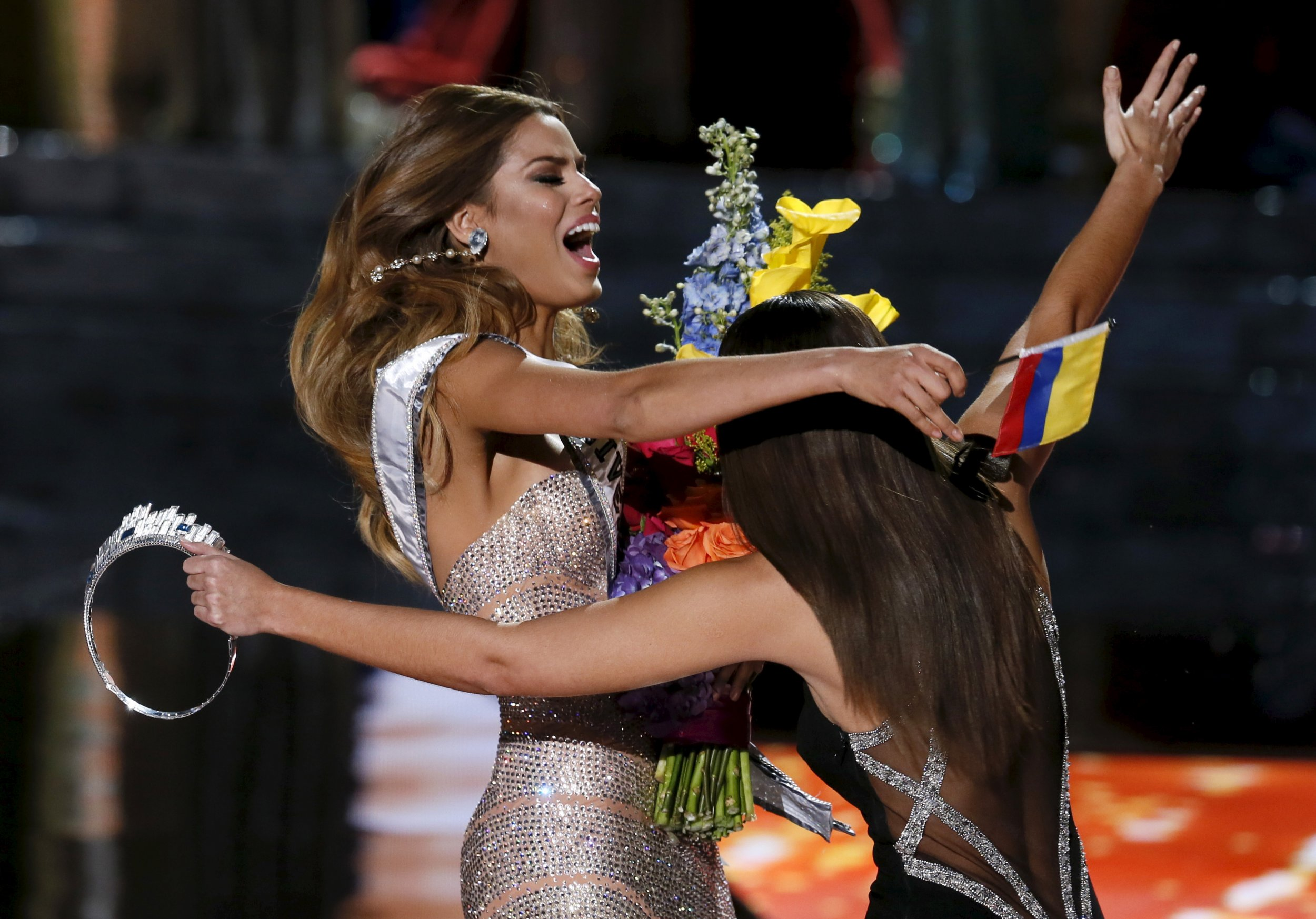 Wrong Winner Crowned at Miss Universe 2015
