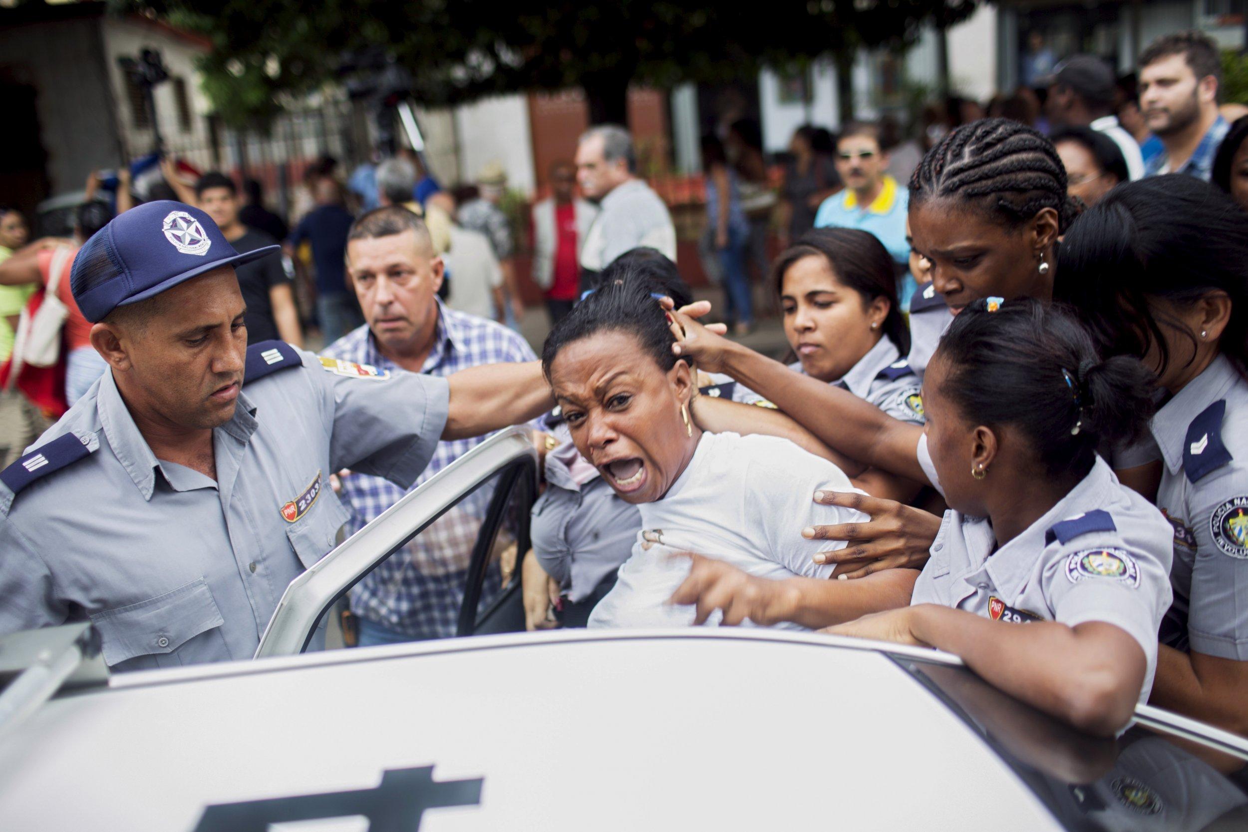 12_21_Cuban_Dissidents_01