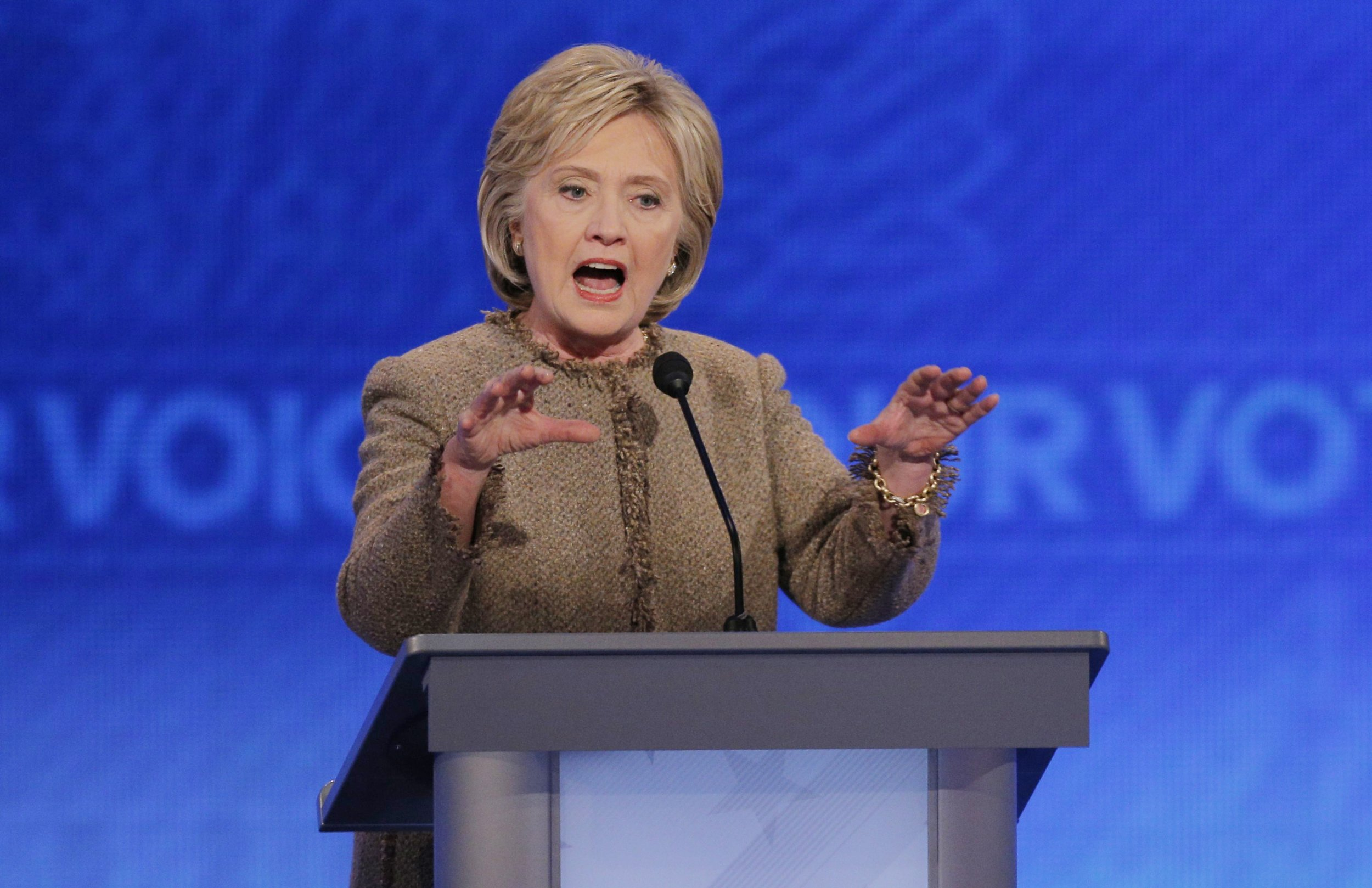 Clinton's plan to cure Alzheimer's by 2025