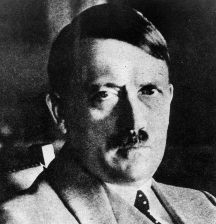 12_24_Hitler_03