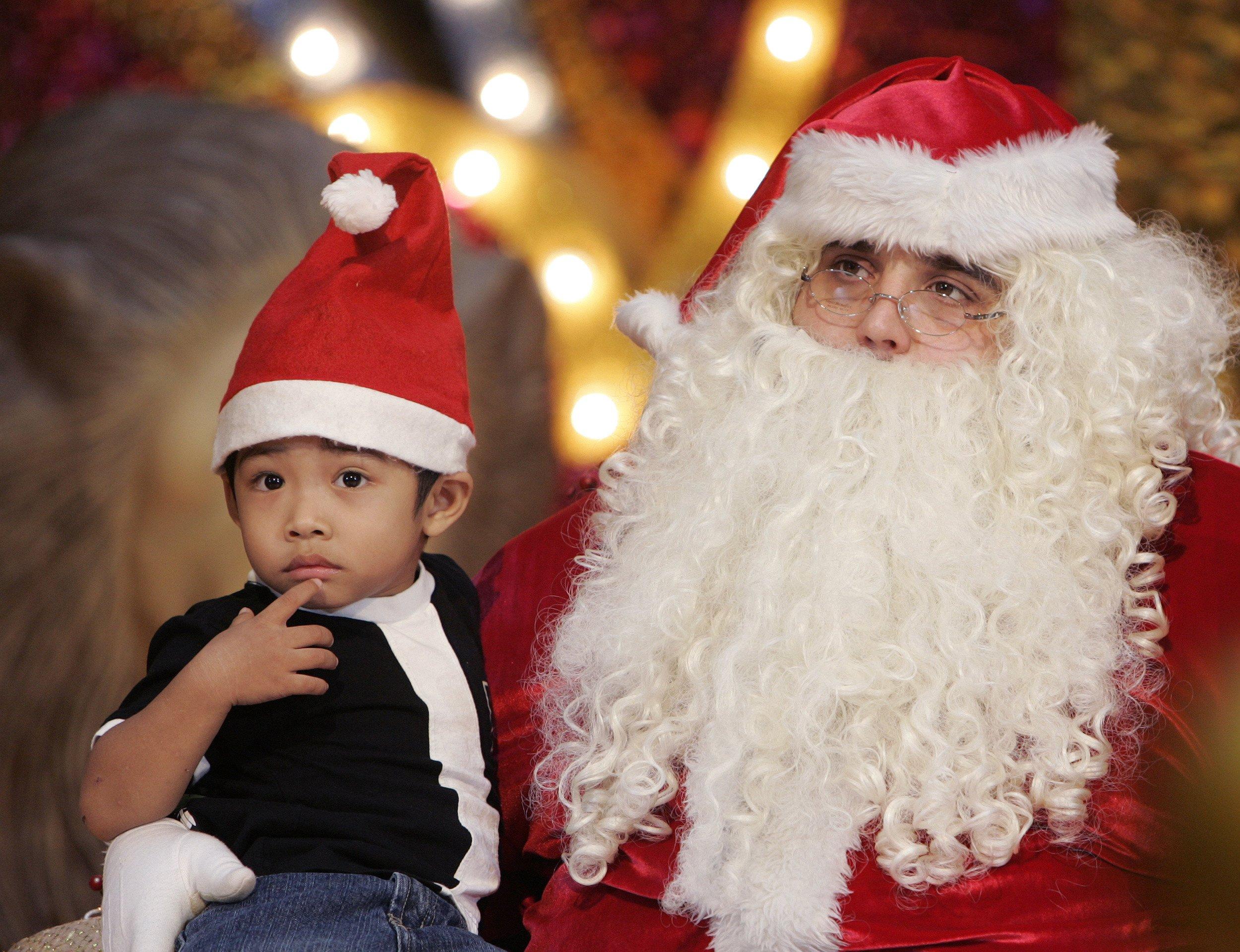 12_24_Santa_01