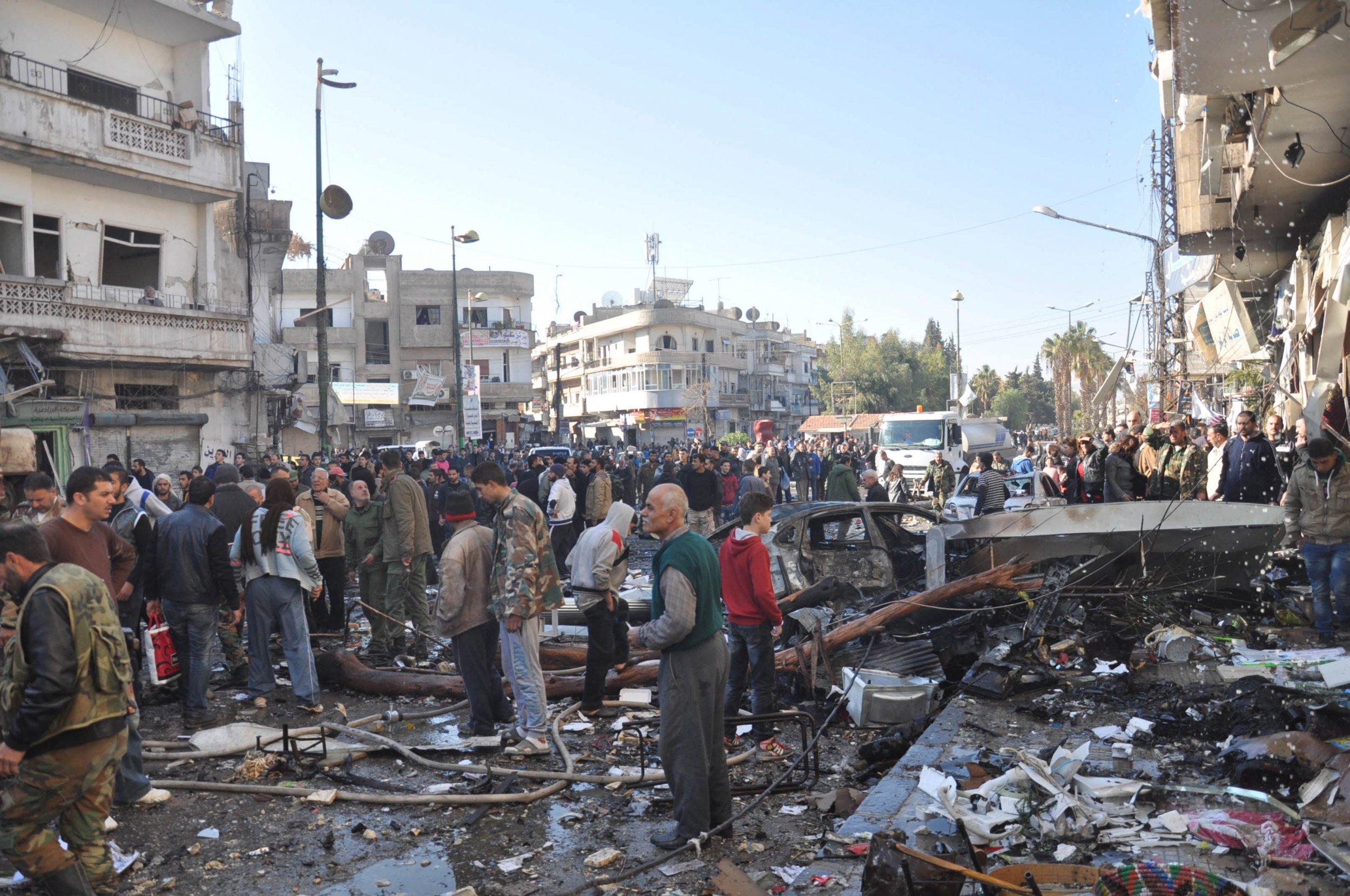 1228_Homs_Syria_Bomb_01