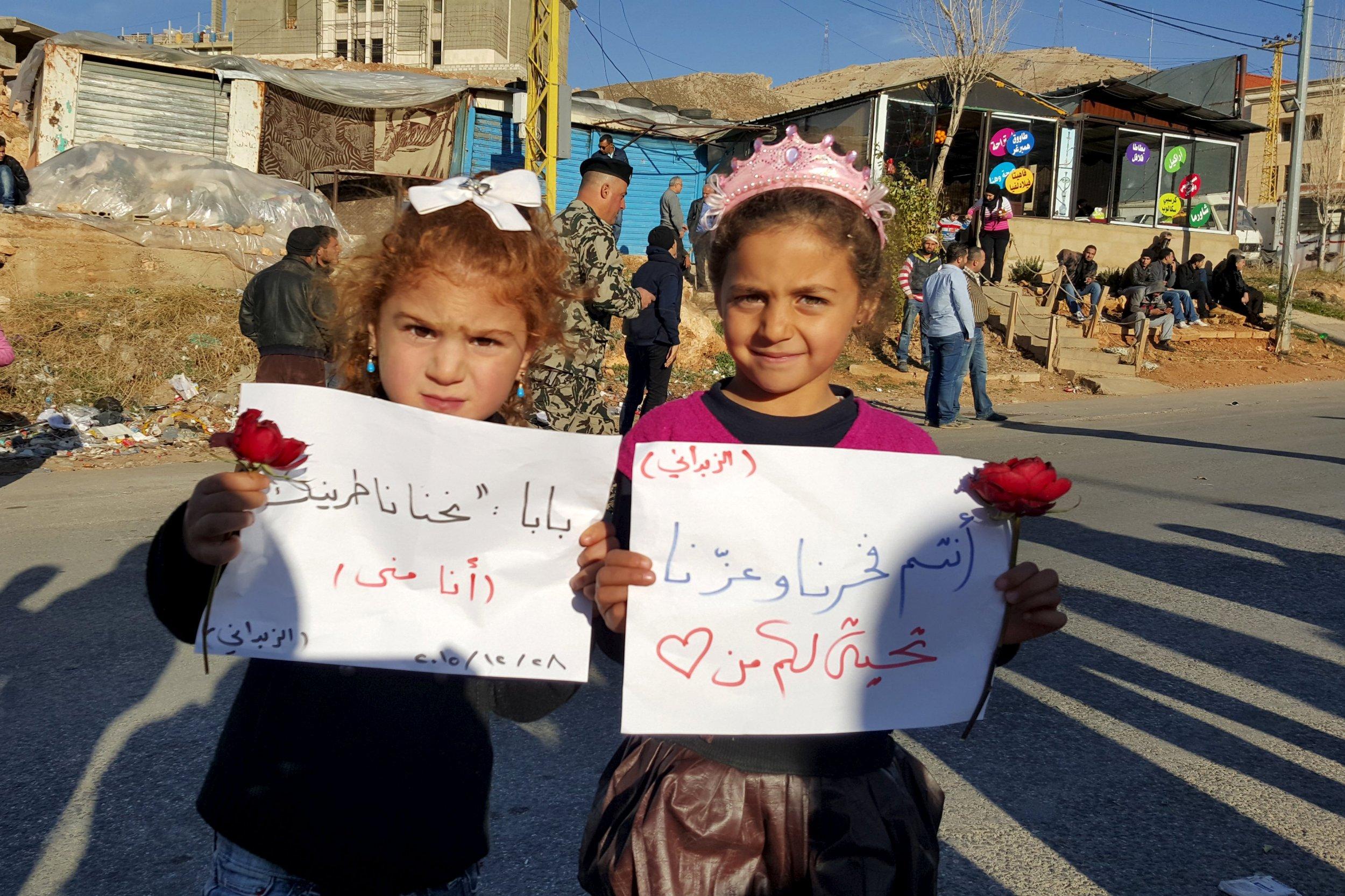 2015-12-28T173100Z_2_LYNXMPEBBR0K1_RTROPTP_4_MIDEAST-CRISIS-SYRIA-EVACUATION