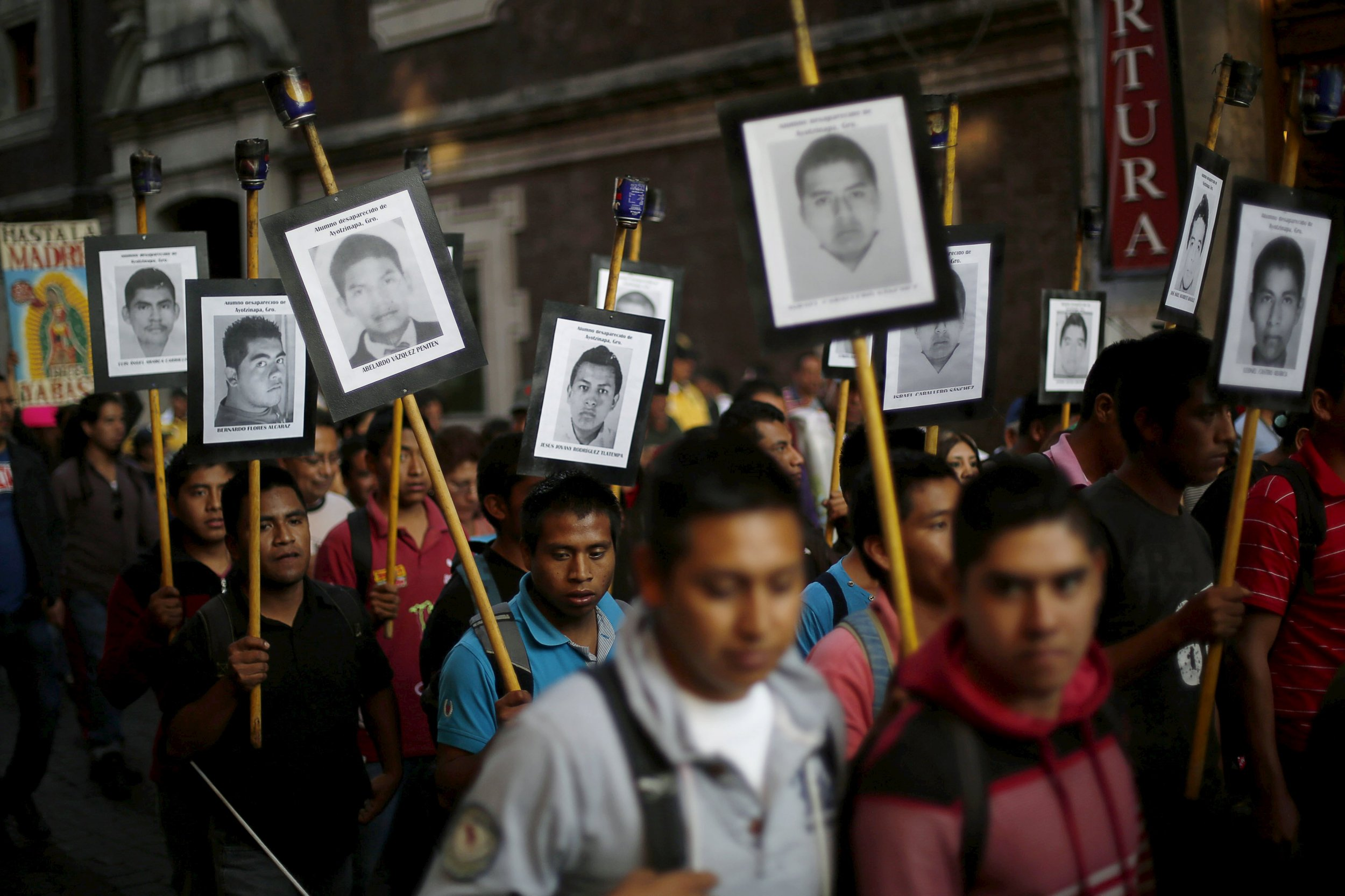 1231_mexico_students