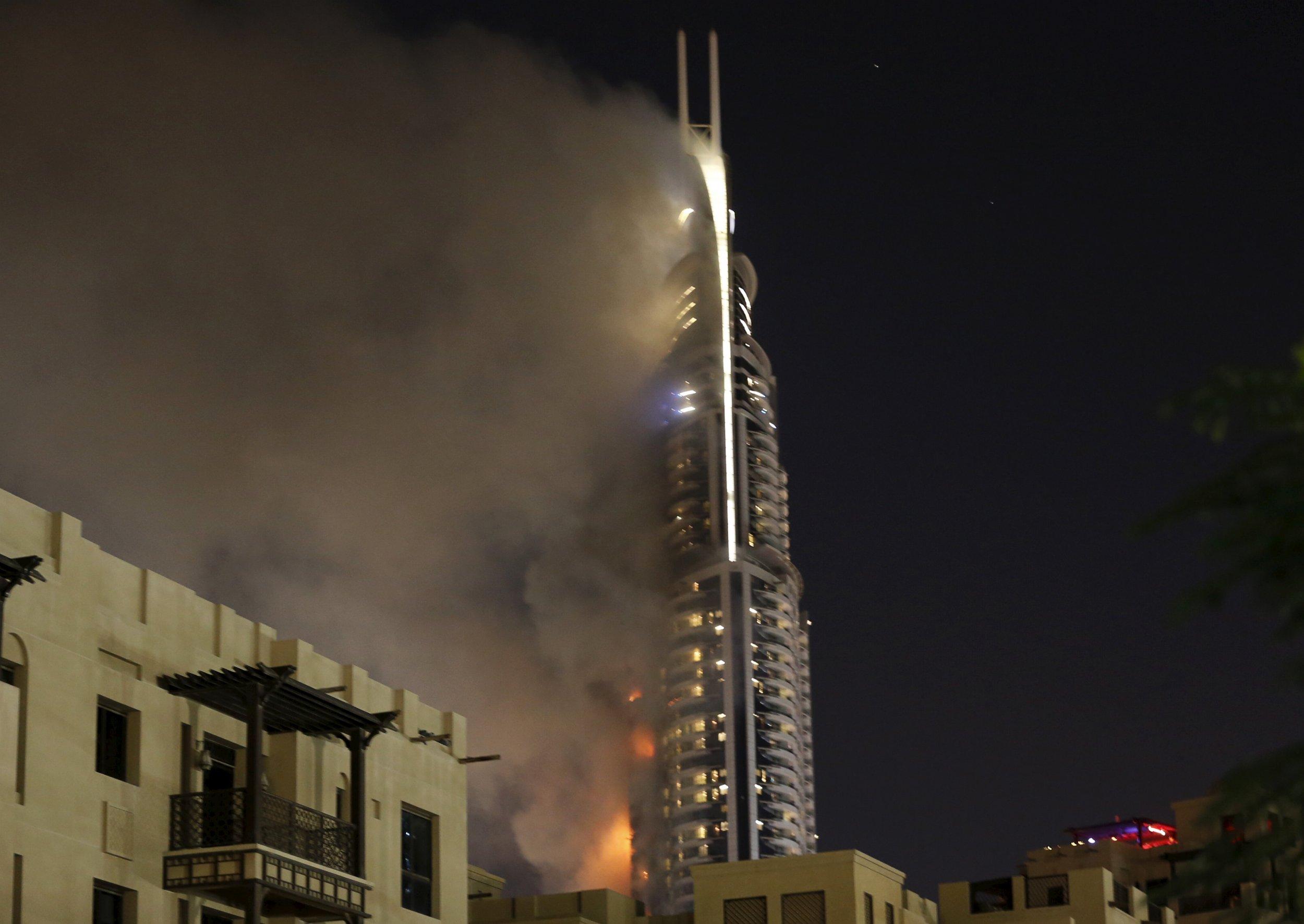 0101_Dubai_fire_01