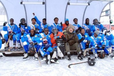 01_04_Somali_Bandy_Team_01