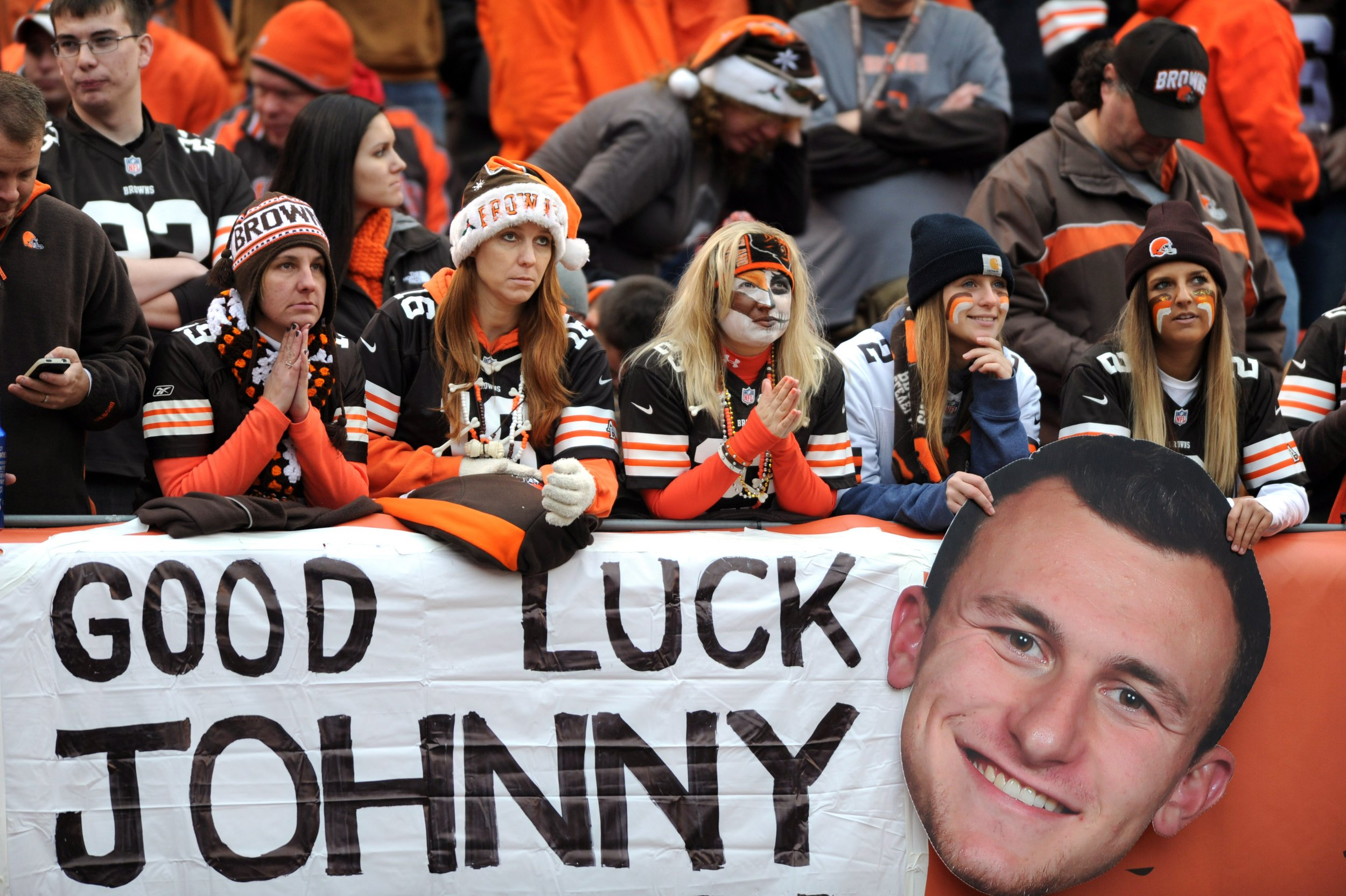 A Timeline Of Johnny Manziels Checkered History With The Cleveland Browns