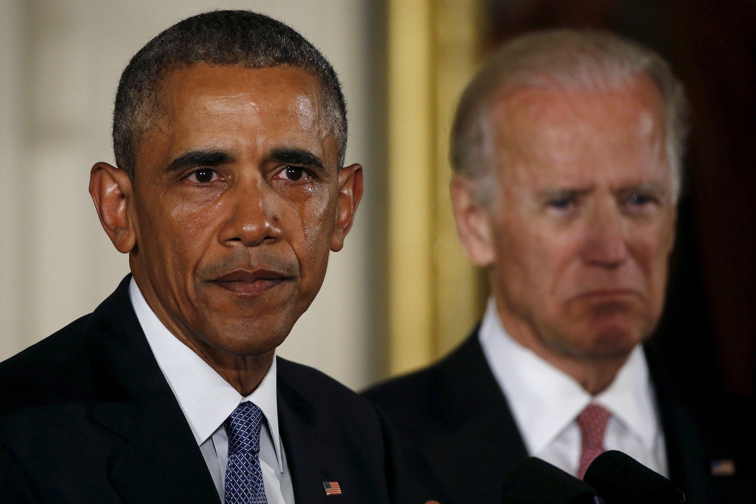 01_06_obama_guns_01