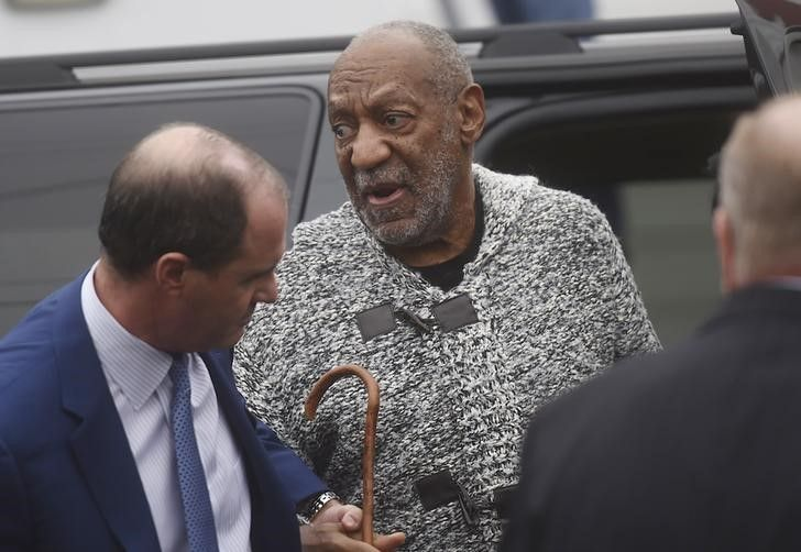 2016-01-08T012919Z_1_LYNXMPEC07026_RTROPTP_3_CENTERTAINMENT-US-PEOPLE-COSBY