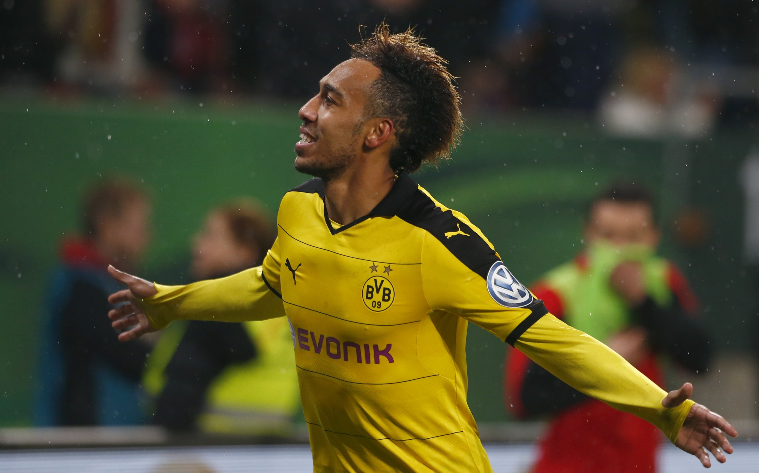 Pierre-Emerick Aubameyang Beats Yaya Touré to Become ...