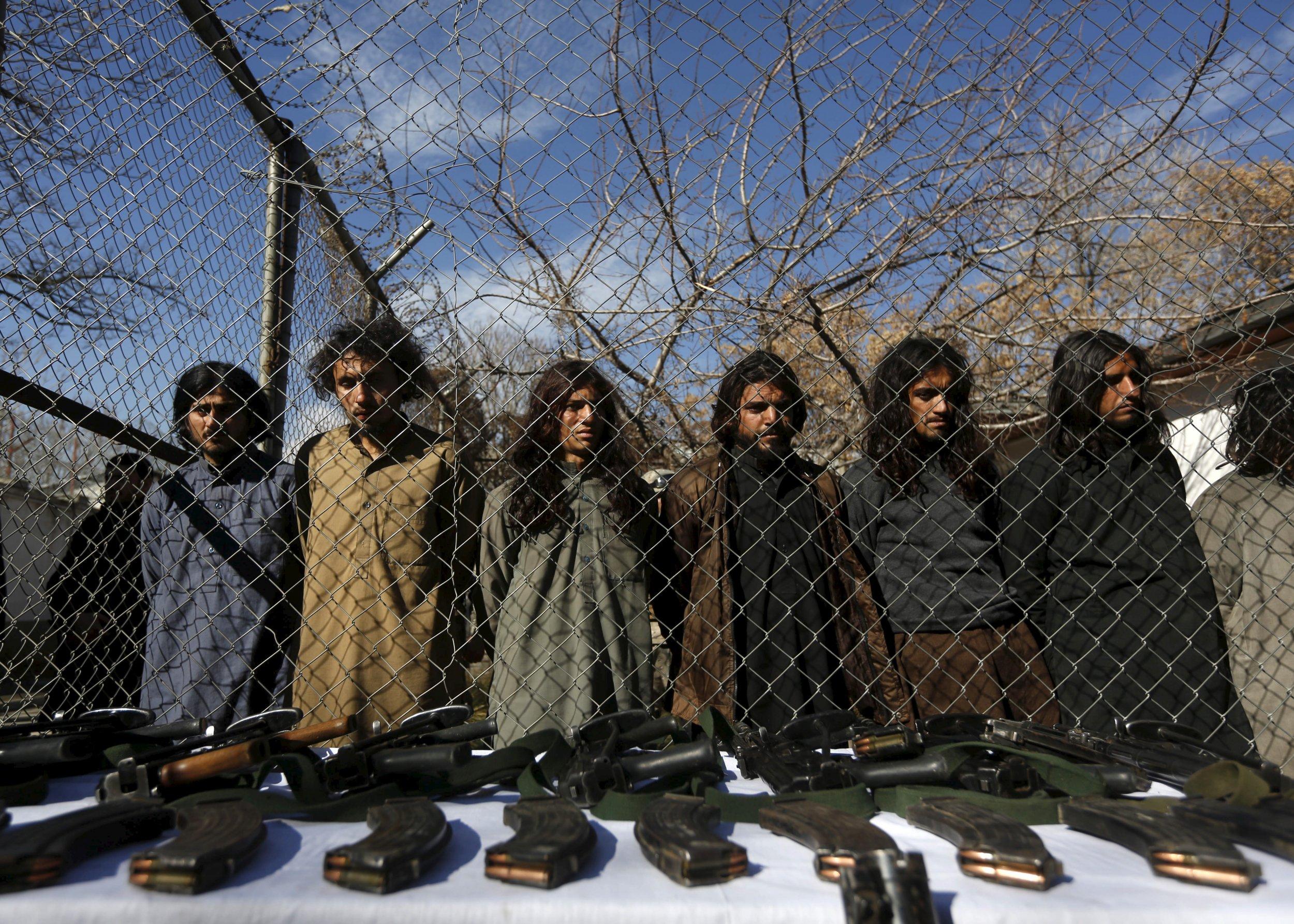 01_08_pakistan_afghanistan_01