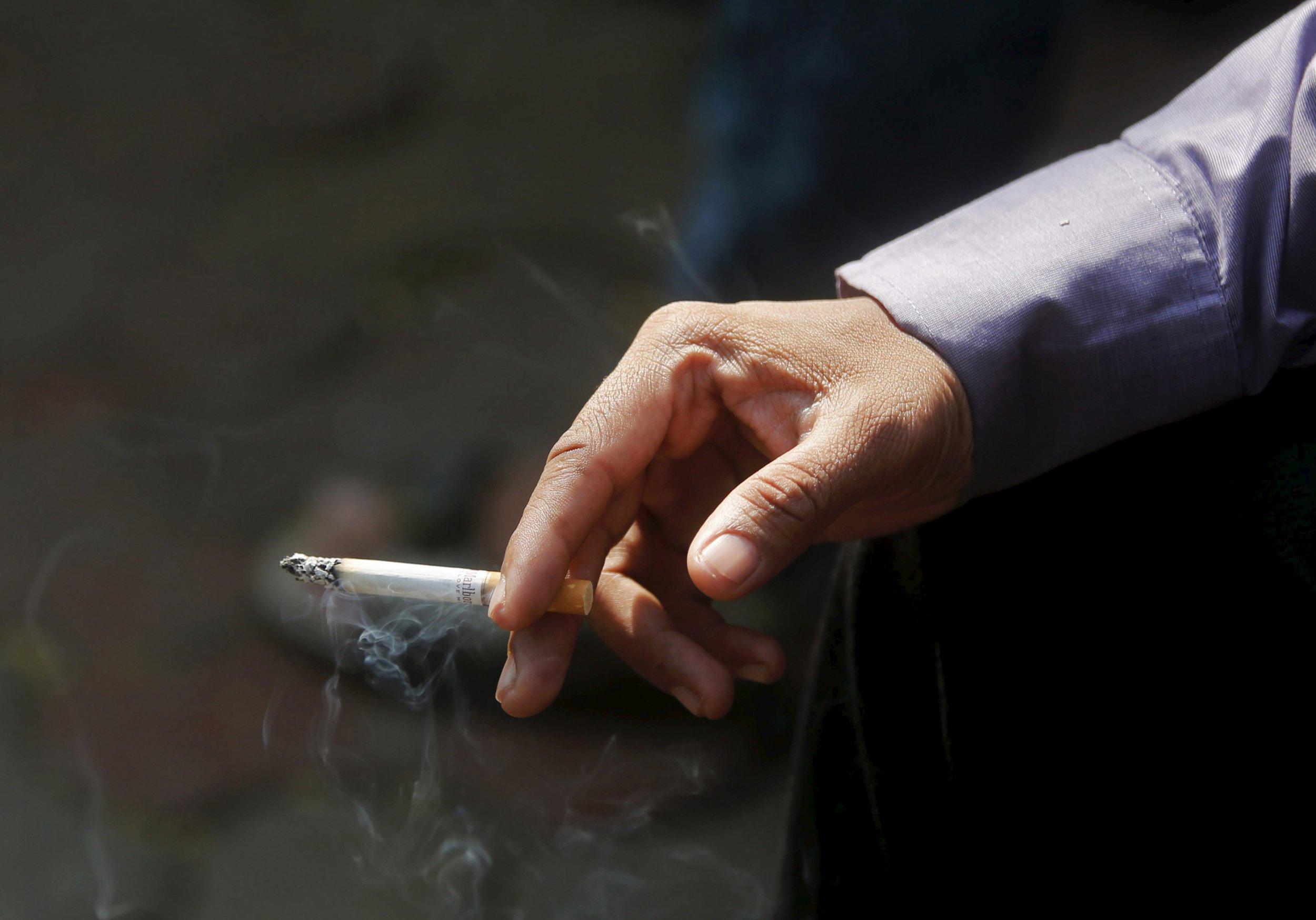 0801_cigarette