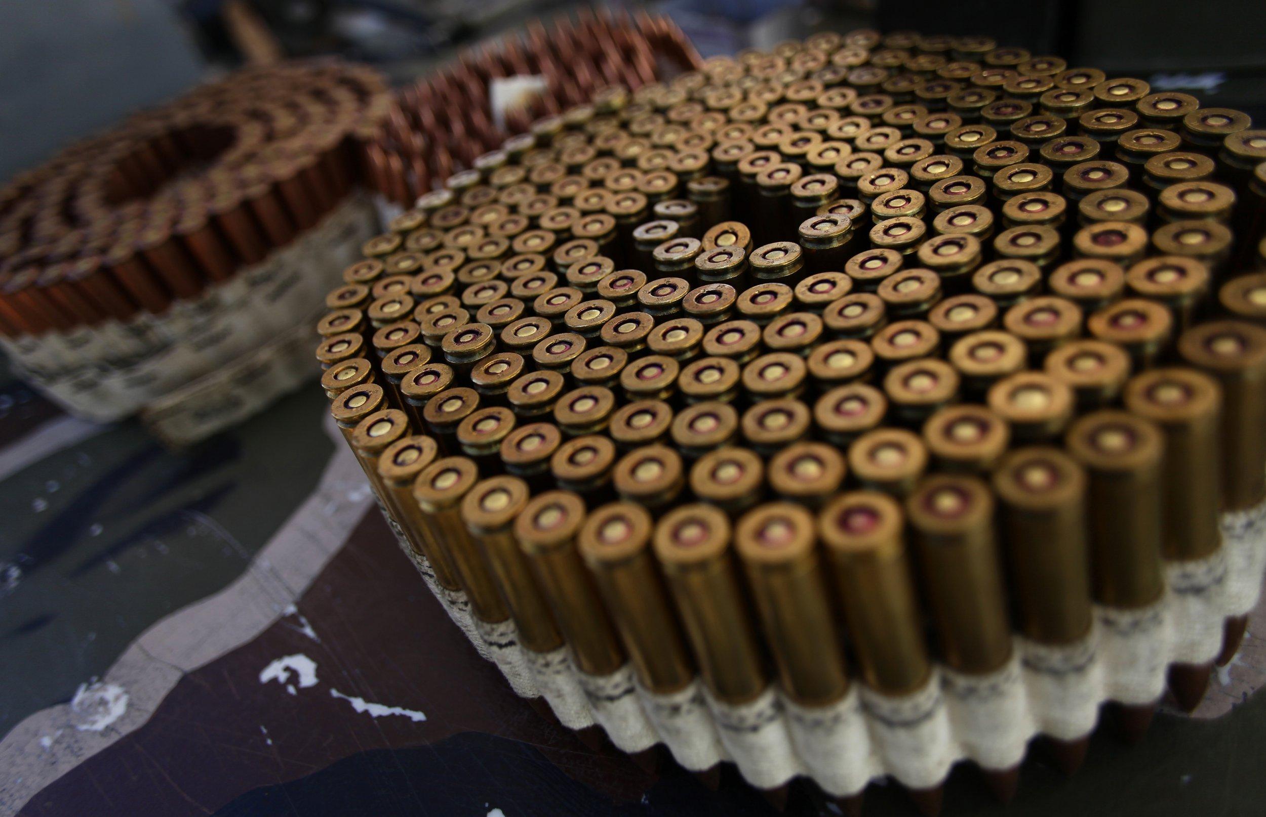 01_11_bullets_01