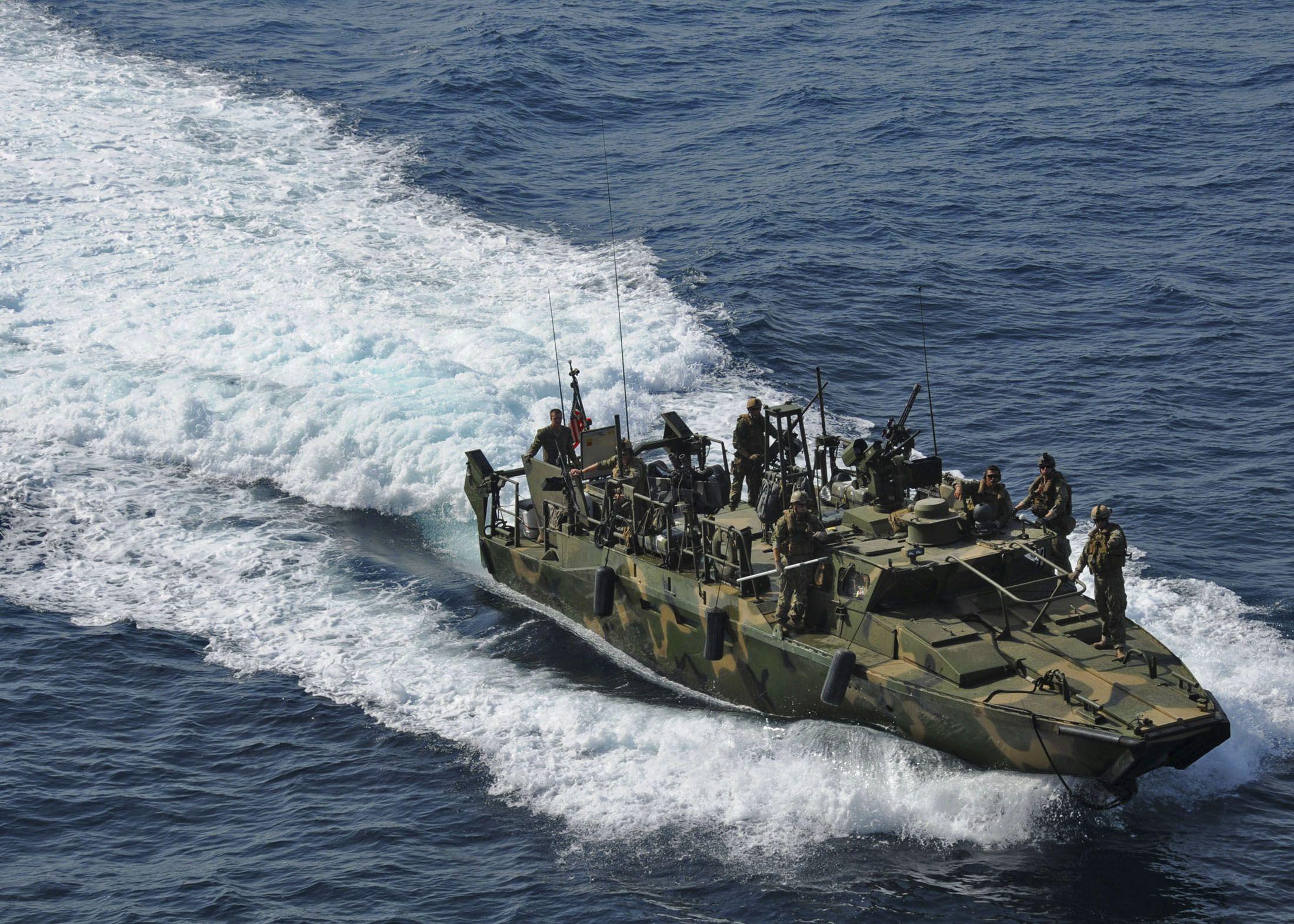 0113_Iran_Sailors_MiddleEast_01
