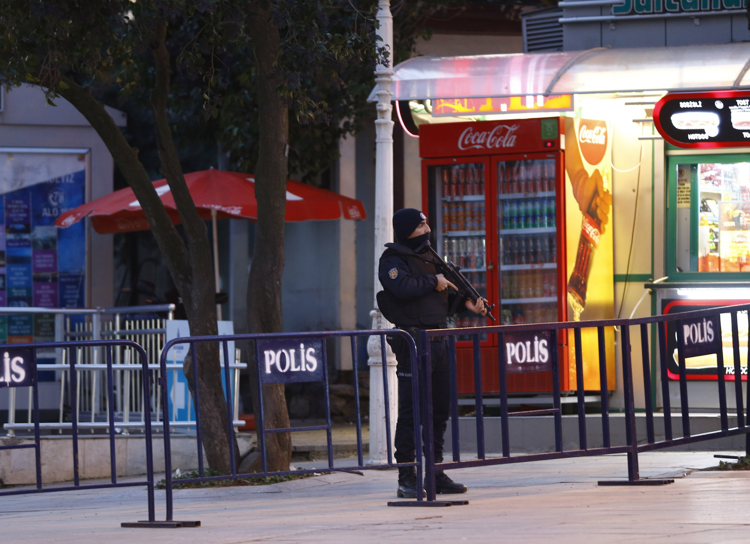 0113_Istanbul_ISIS_Raids_01