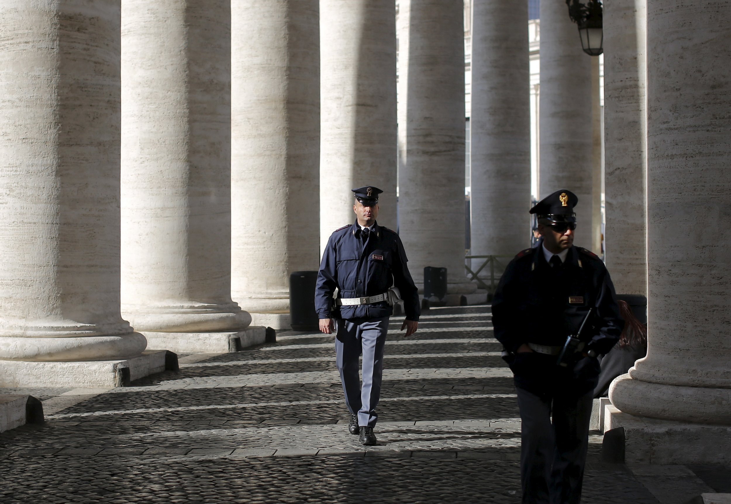 1_13_Italy_Police