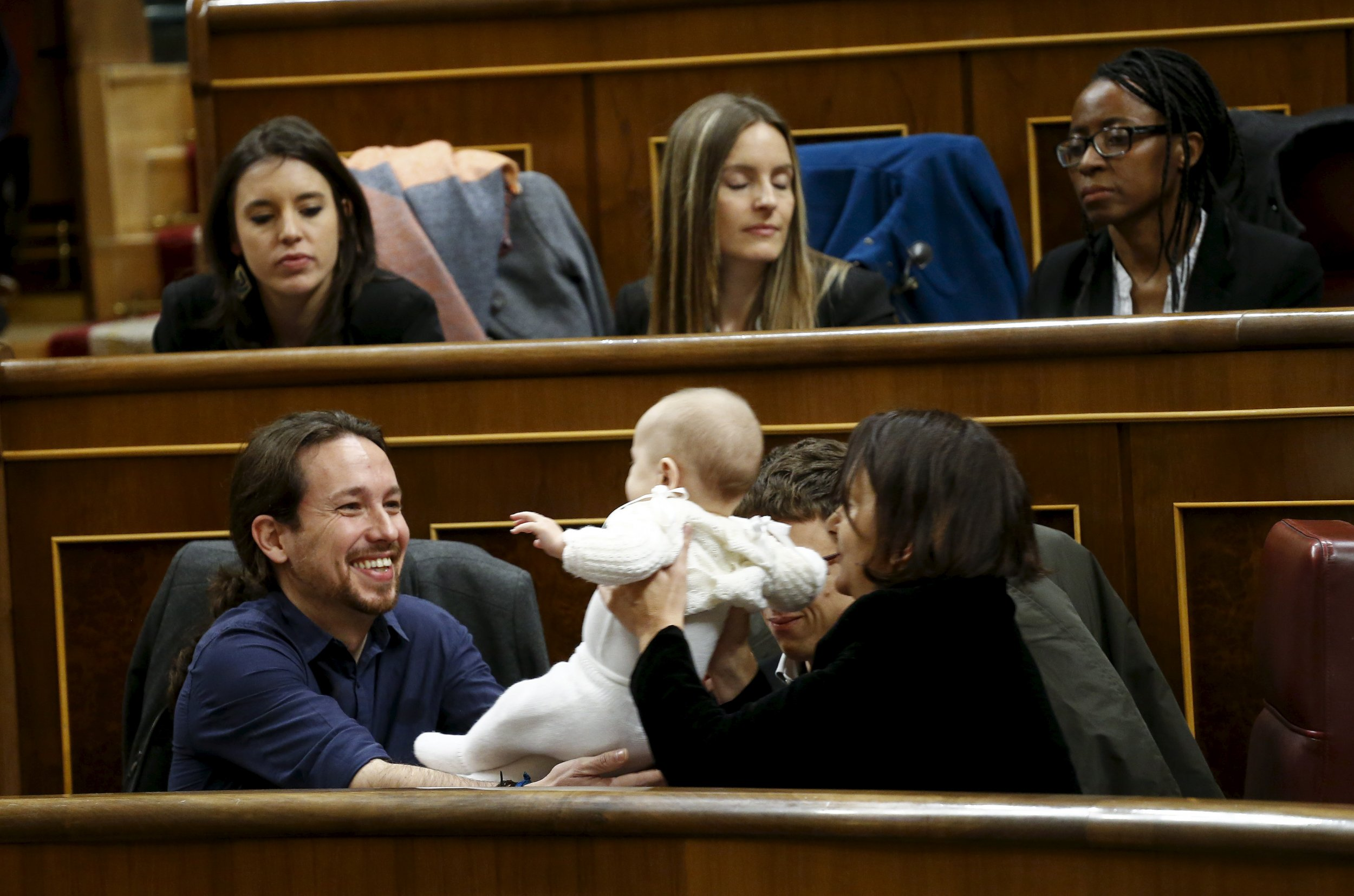 Podemos Politician Sparks Outrage Over Baby in Spanish Parliament