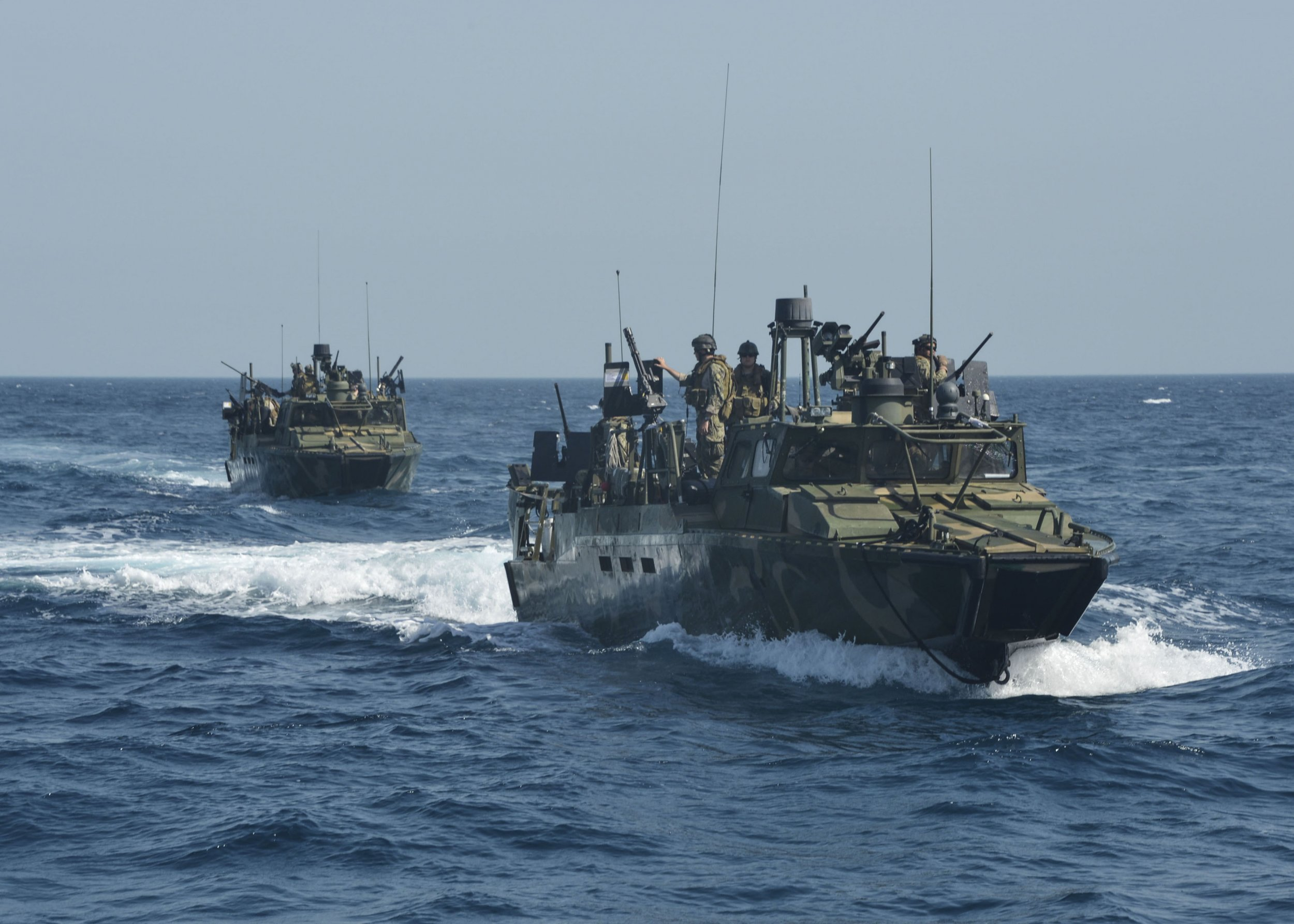 01_13_navy_iran_01
