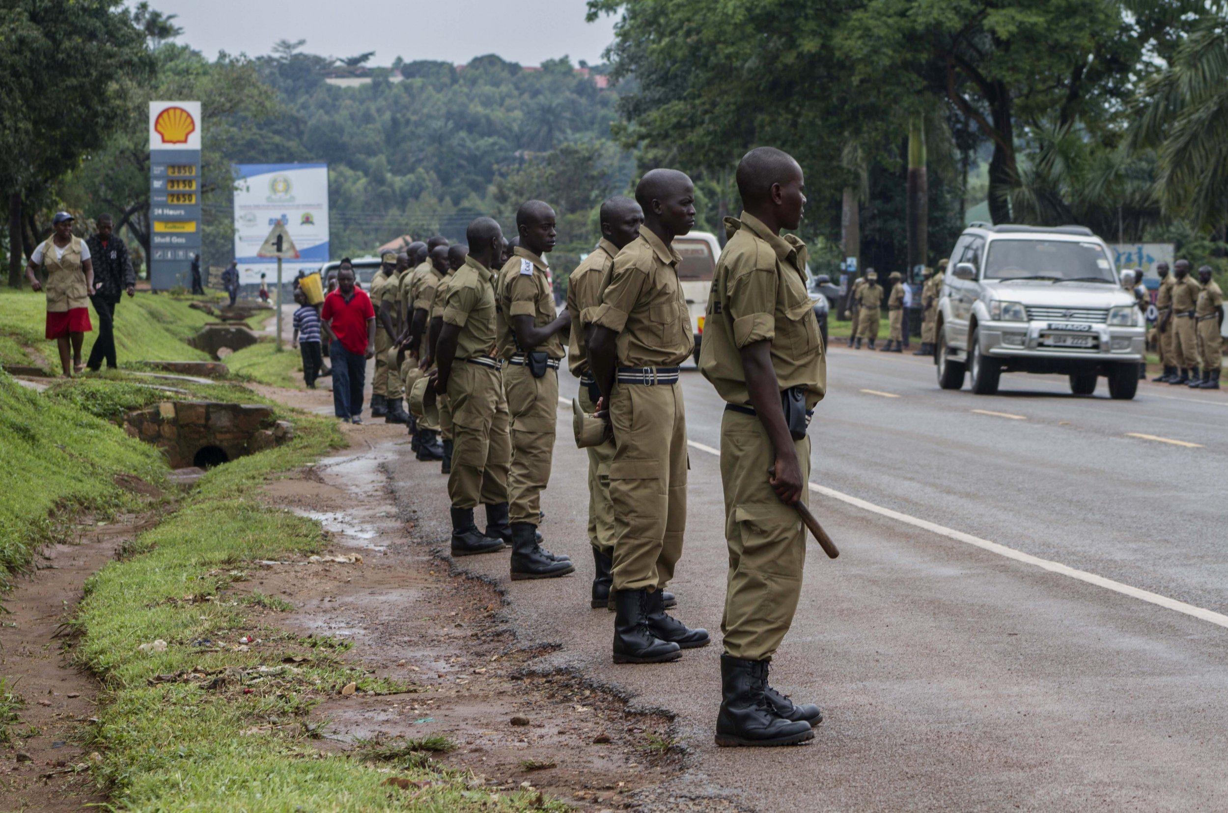 0114_Uganda_police