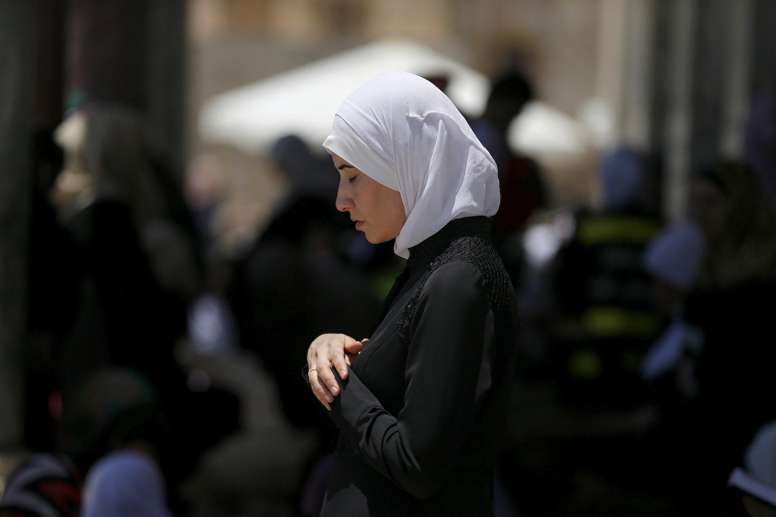 0115_Muslims_ISIS_Islam_01