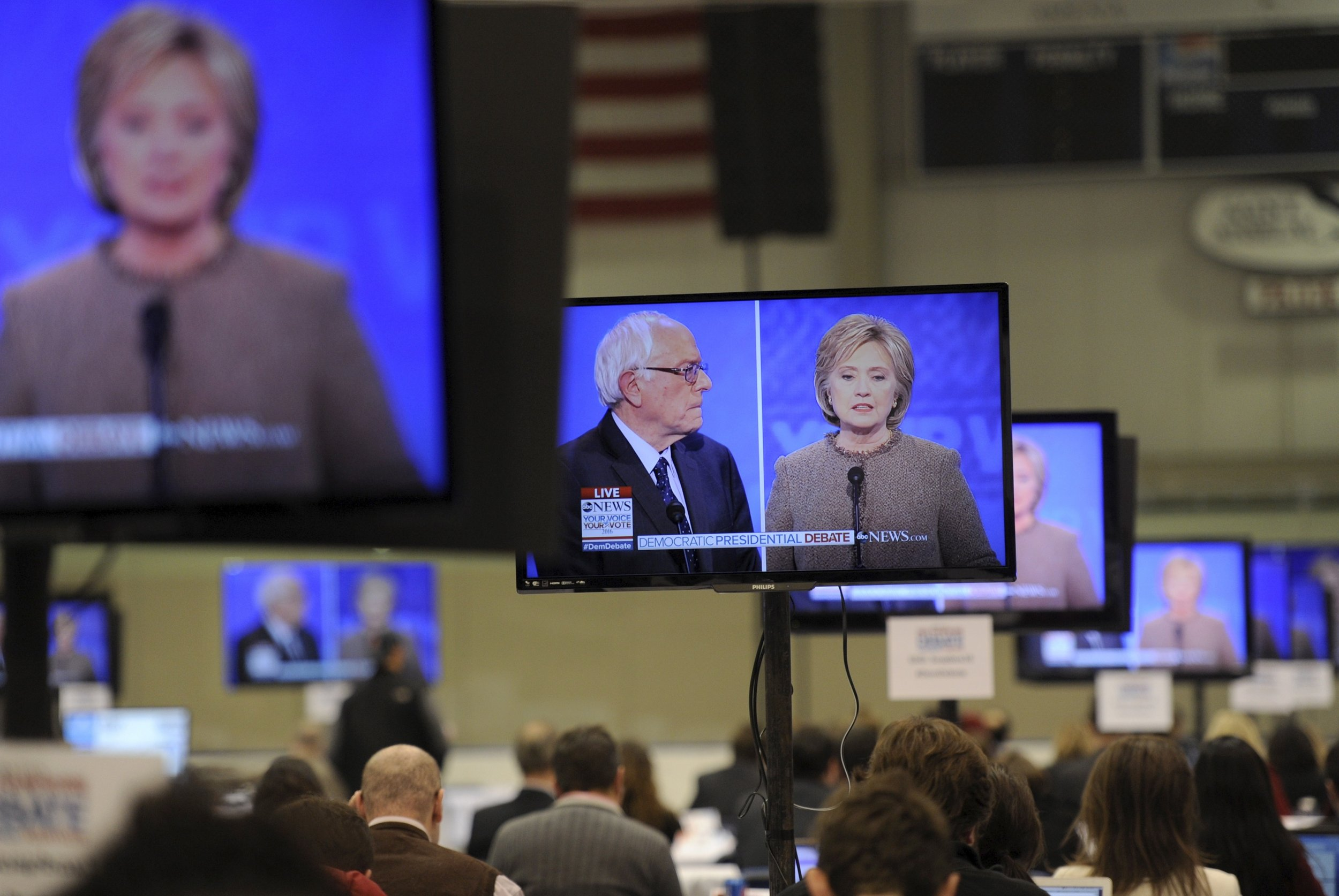 0115_Democratic_debate_01