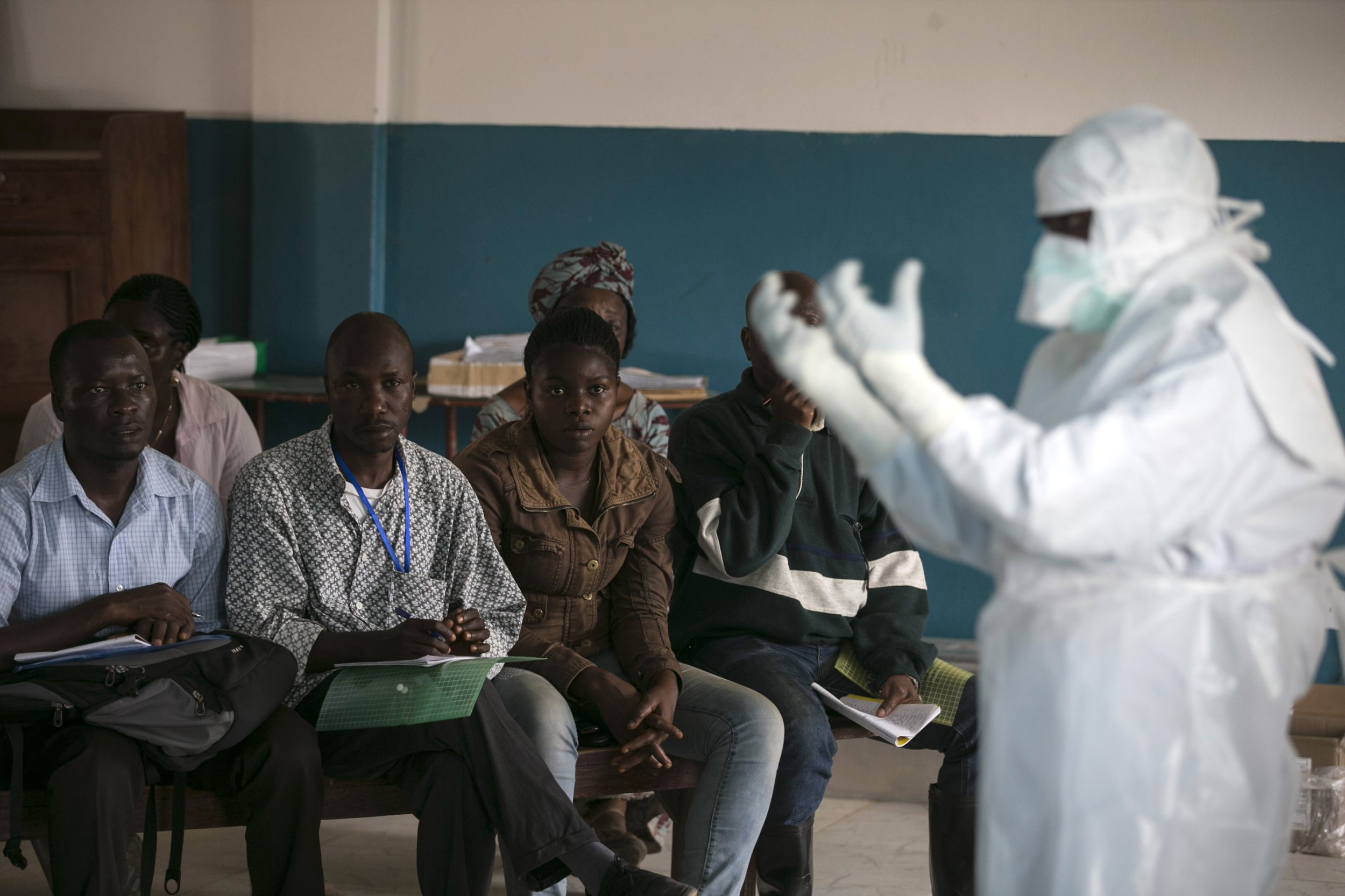 0118_Ebola_health_worker