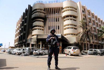 0118_Soldier_Burkina_Faso