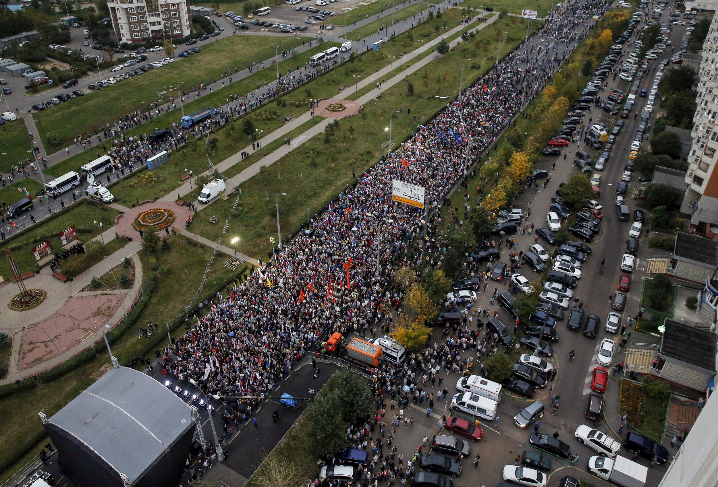 0118_Russia_Democracy_poll
