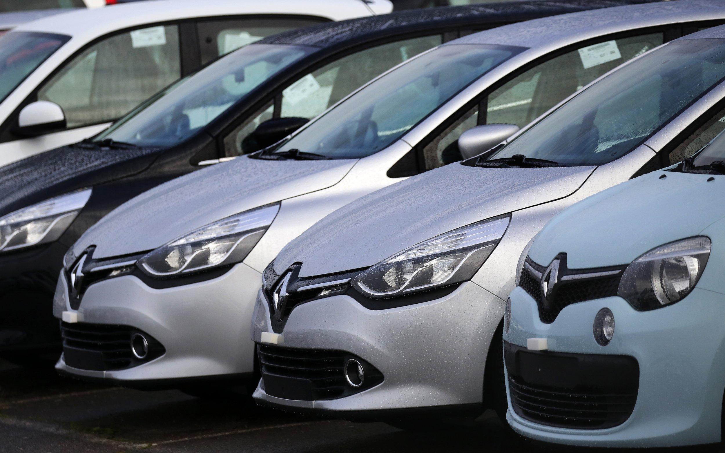 0119_Renault_cars