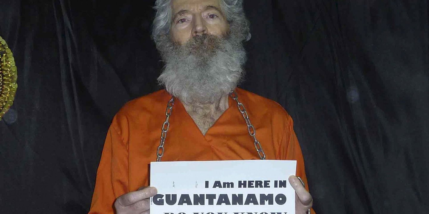 What Really Happened to Robert Levinson, the Former FBI Agent Who