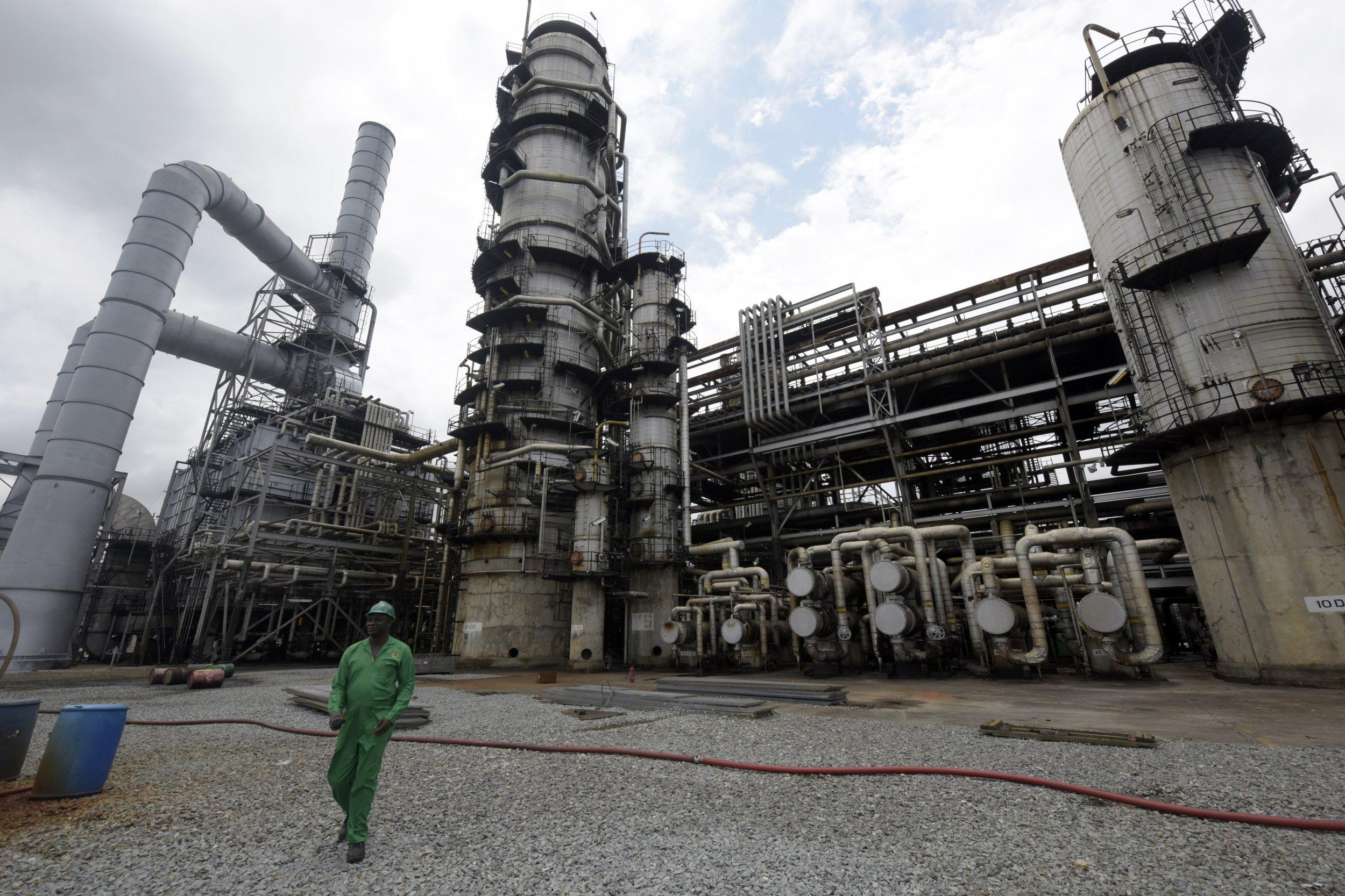 0121_Port_Harcourt_refinery