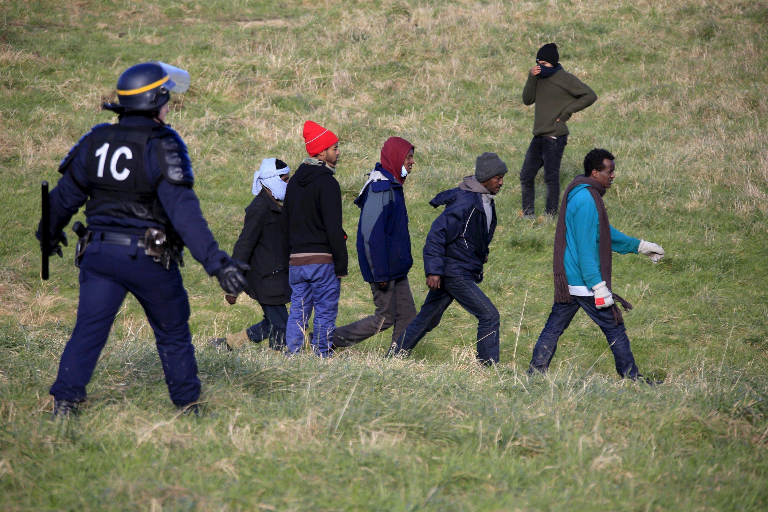 0122_migrants_refugees_france
