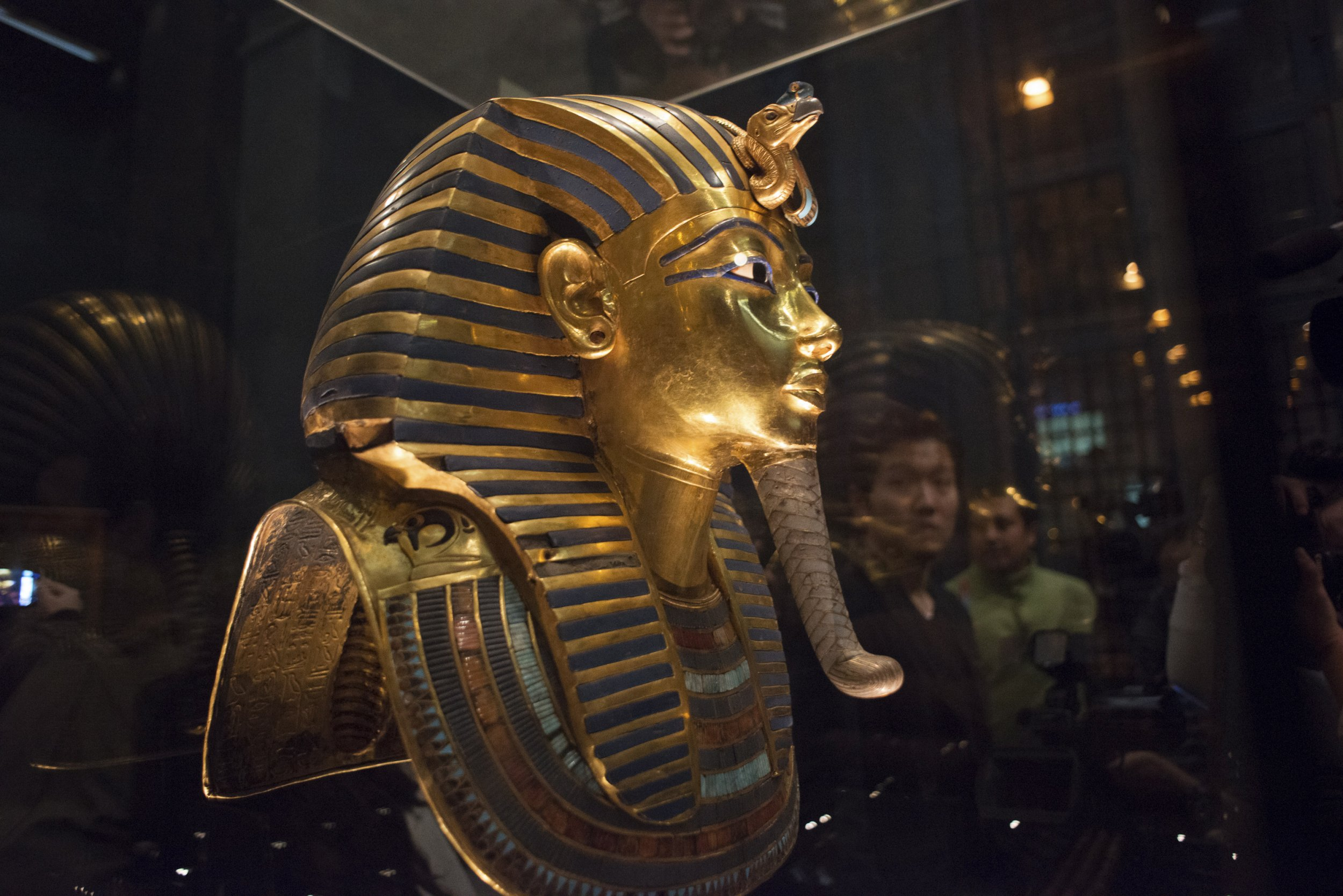 King Tut Mask Scratched in Egypt