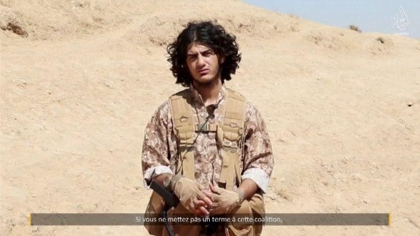 0125_Paris_attackers_video_01