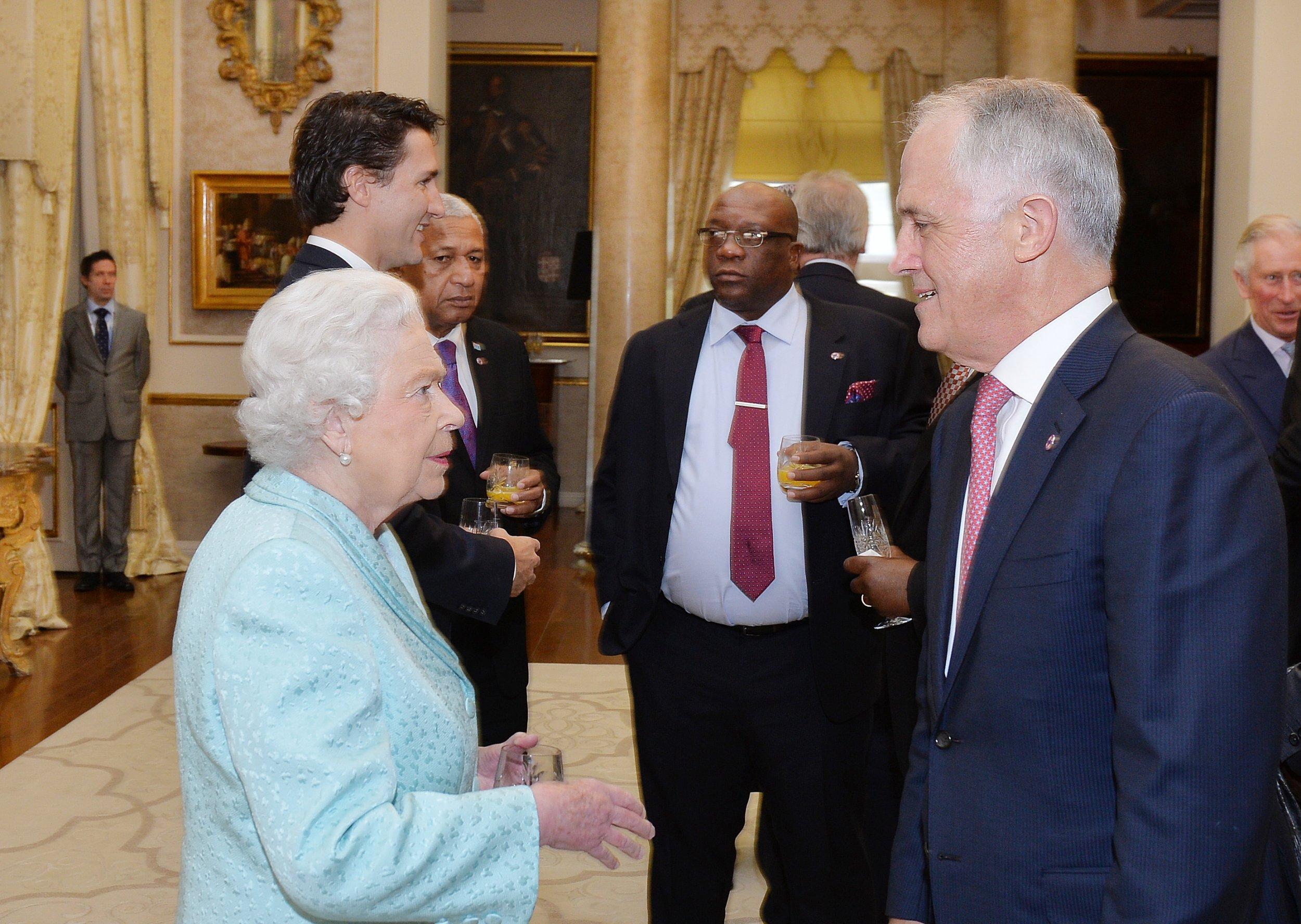 0125_Queen_Elizabeth_Malcolm_Turnbull