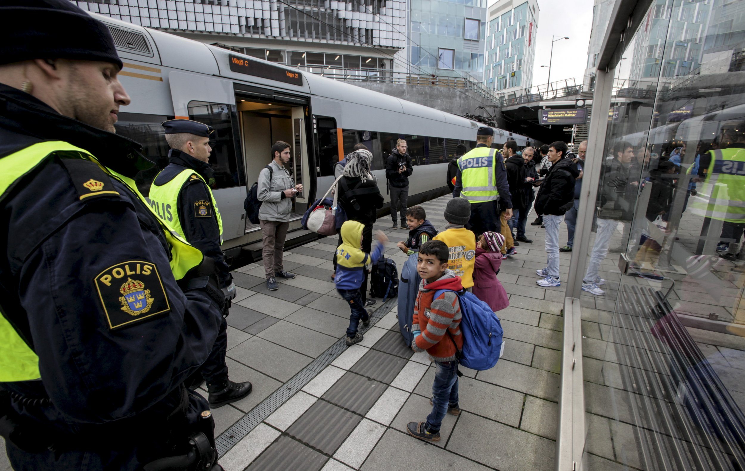 Danish government to vote on refugee bill