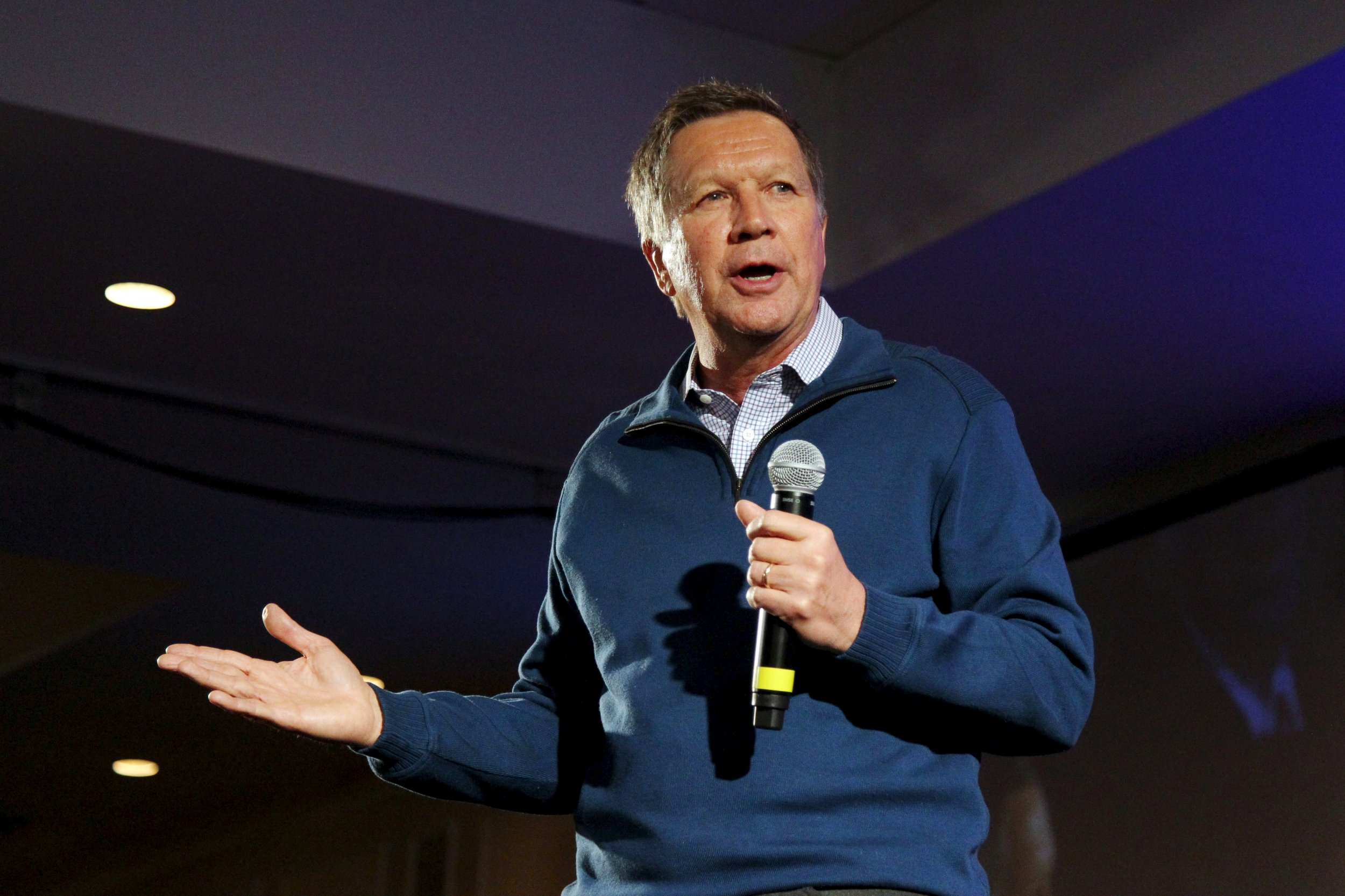 0126_John_Kasich_endorsement_01