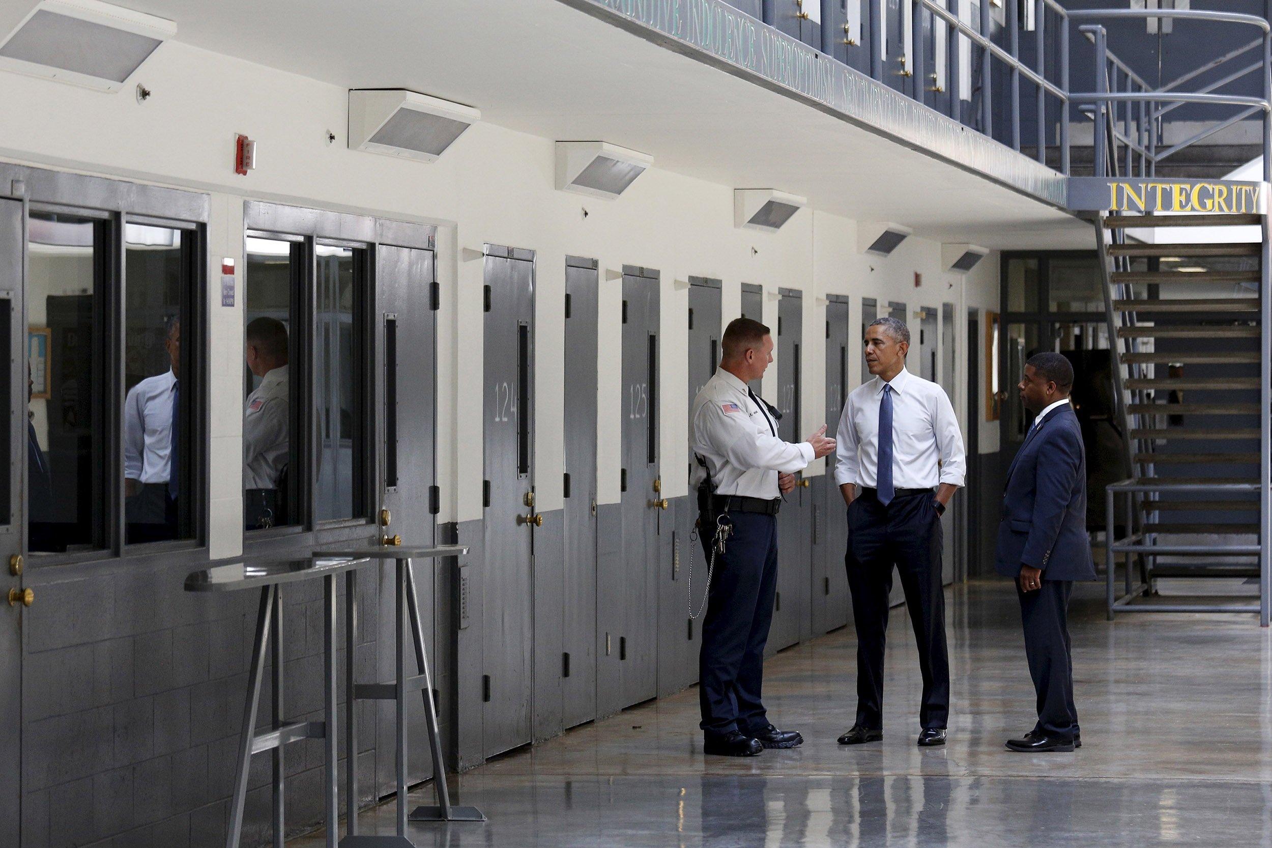 05_05_ObamaSolitary_01
