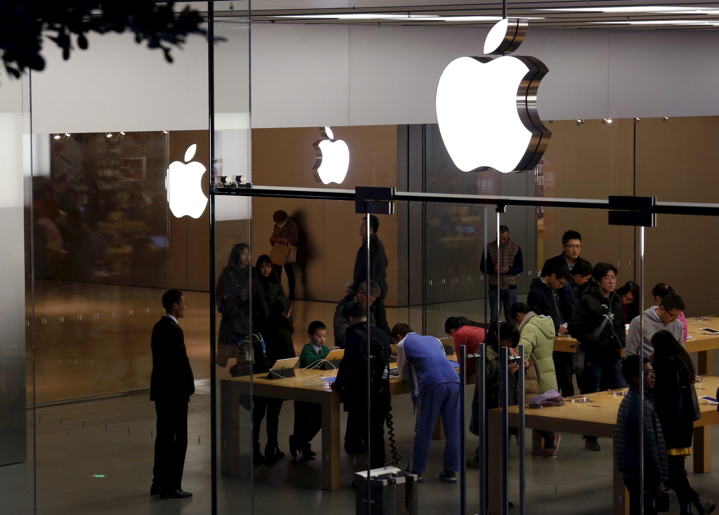 126_Apple