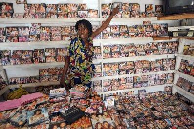 0127_Lagos_film_market