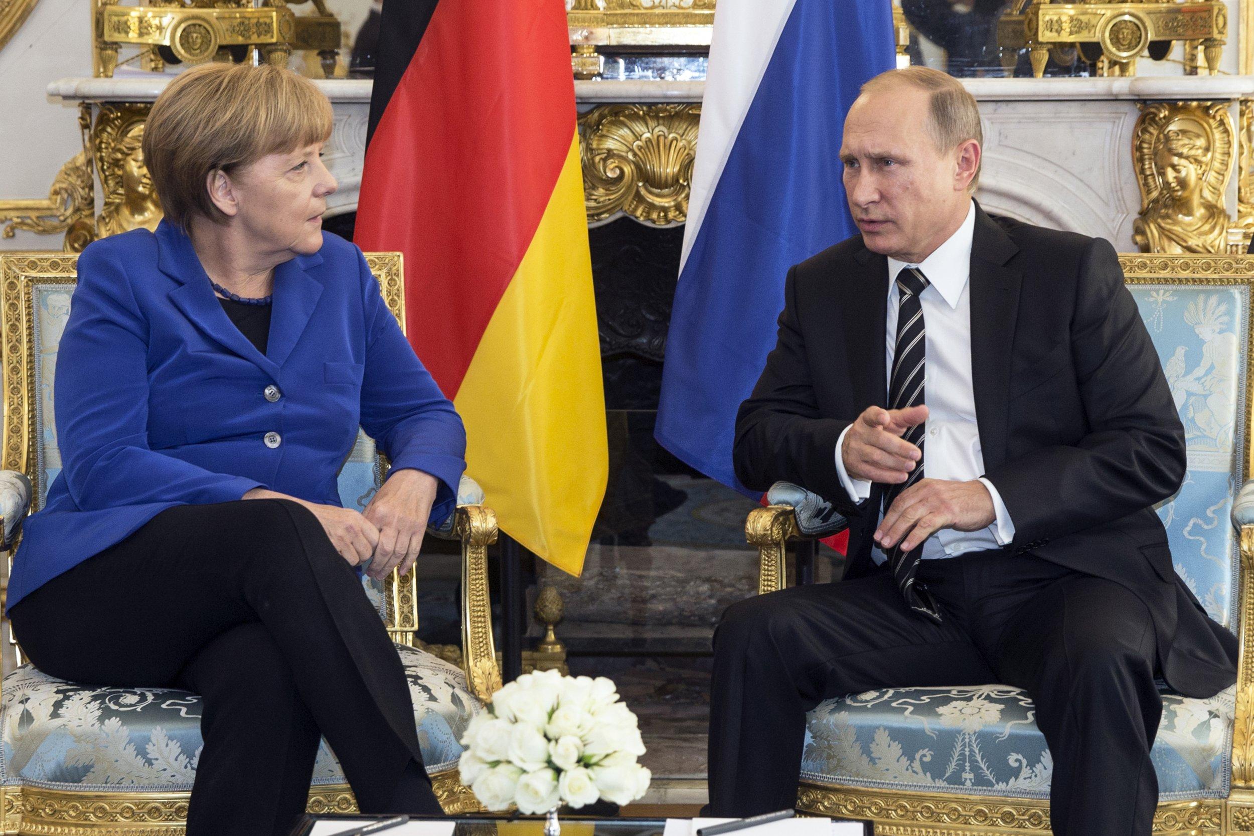 01_27_Merkel_Putin