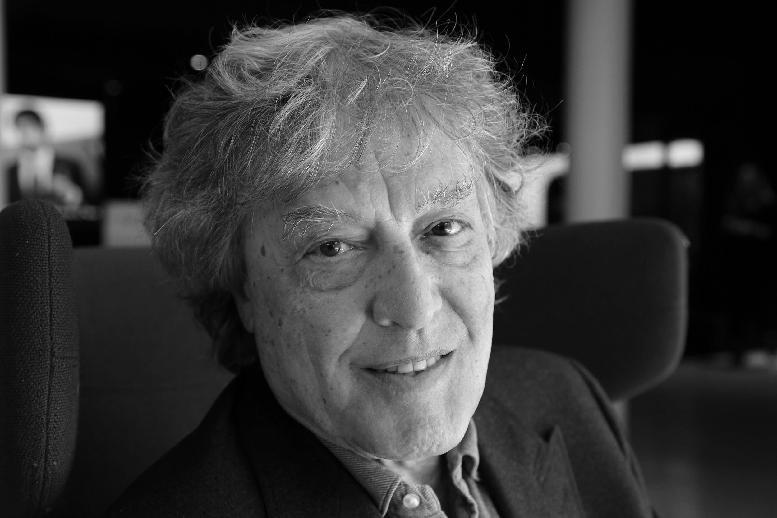 Tom stoppard and postmodern science english literature essay