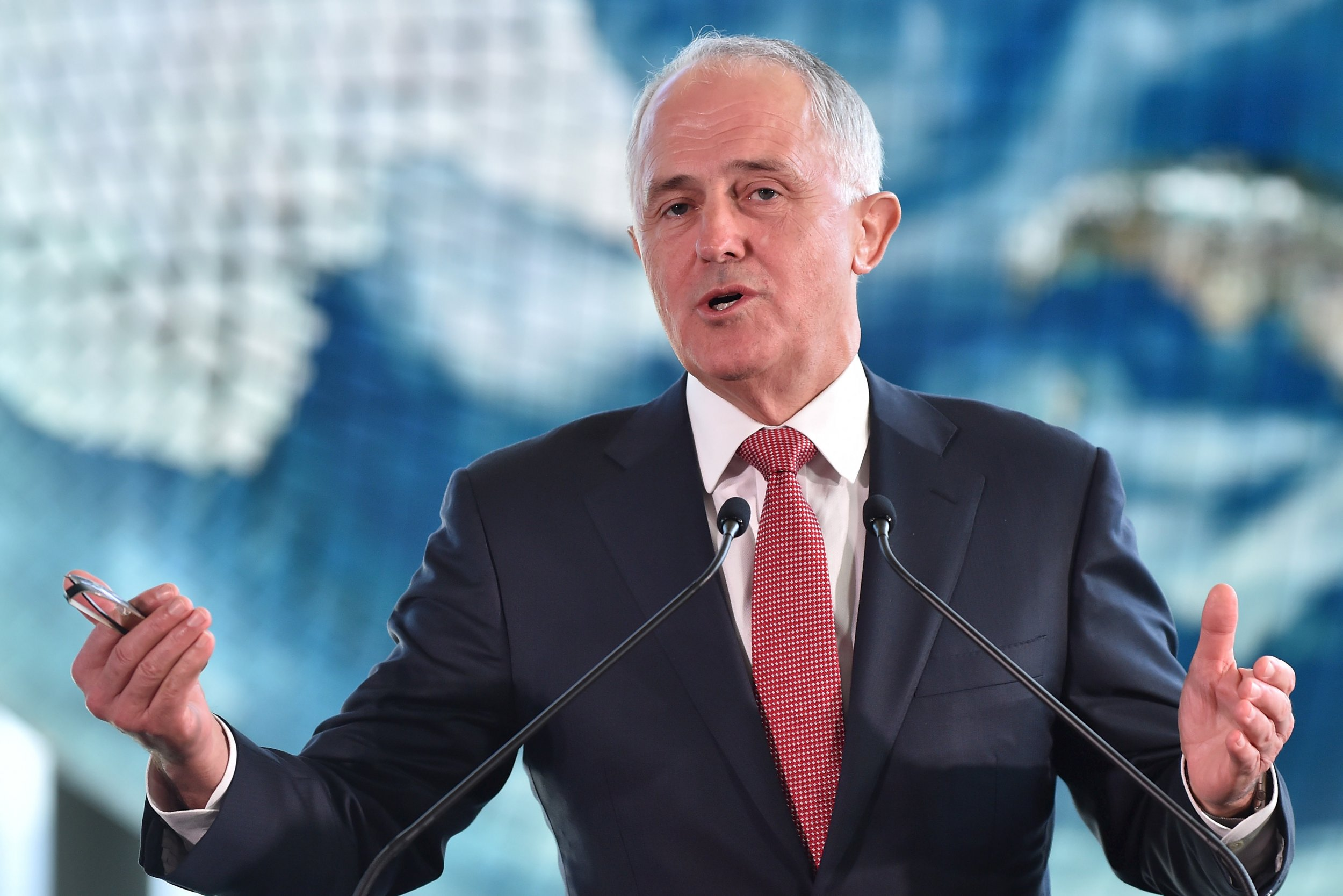Australian Prime Minister Malcolm Turnbull has defended the policy of detaining asylum seekers offshore.