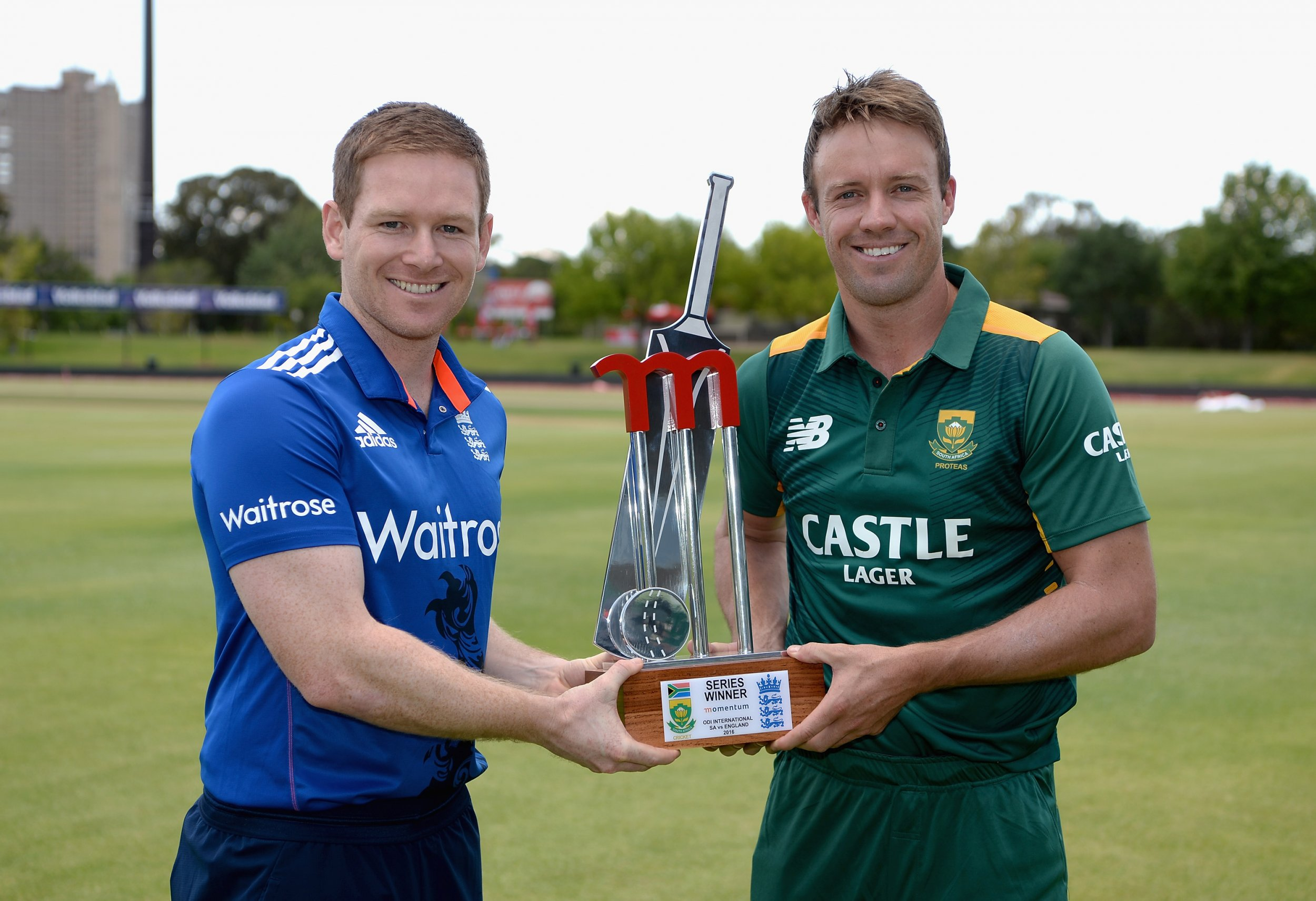 Eoin Morgan and A.B. De Villiers will contest the one-day series