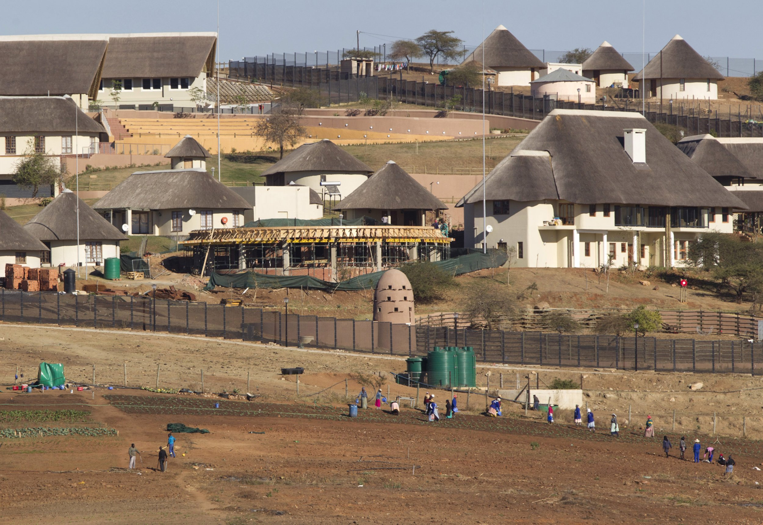 Jacob Zuma offers to pay in part for Nkandla improvements.