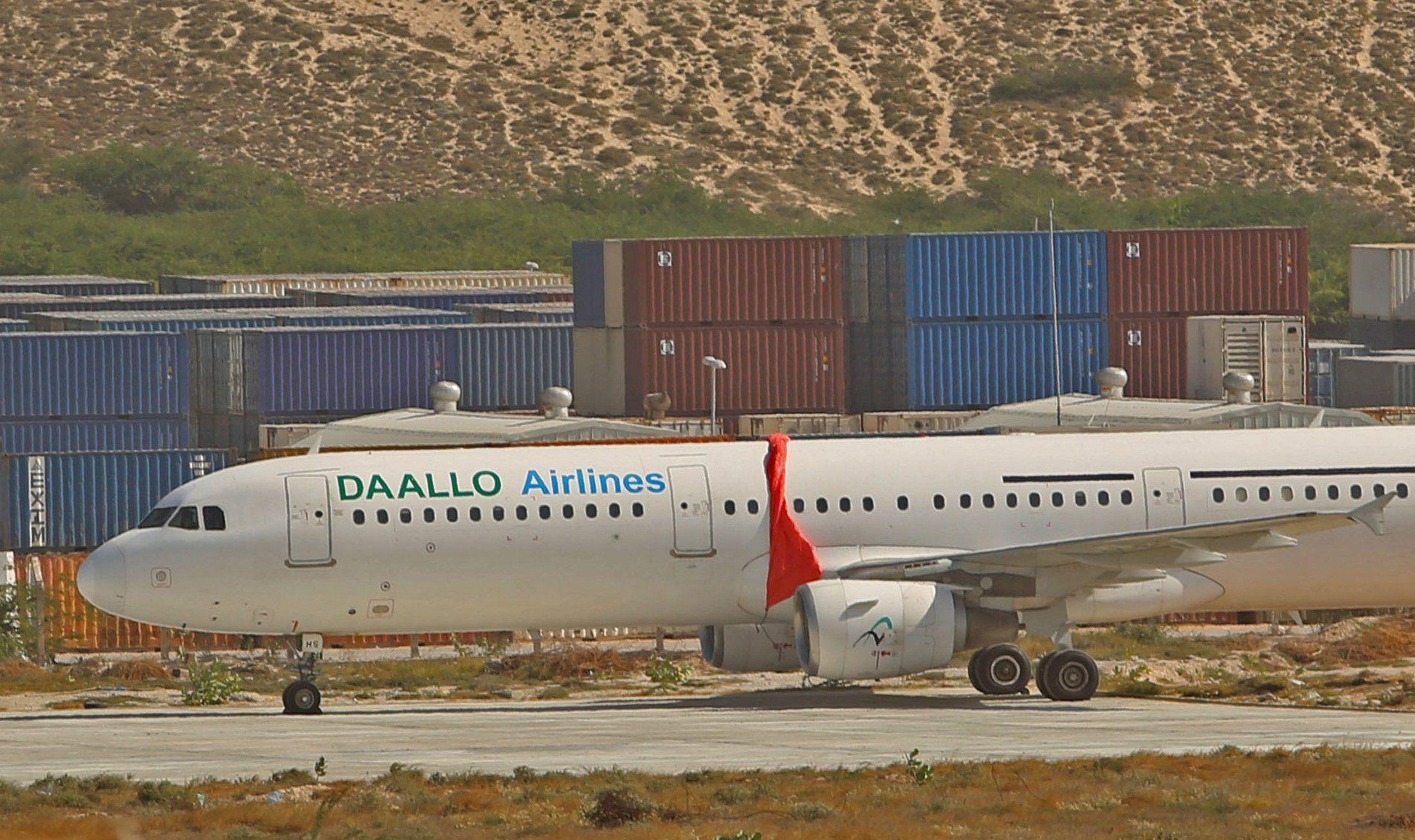 somali plane explosion hole_0203