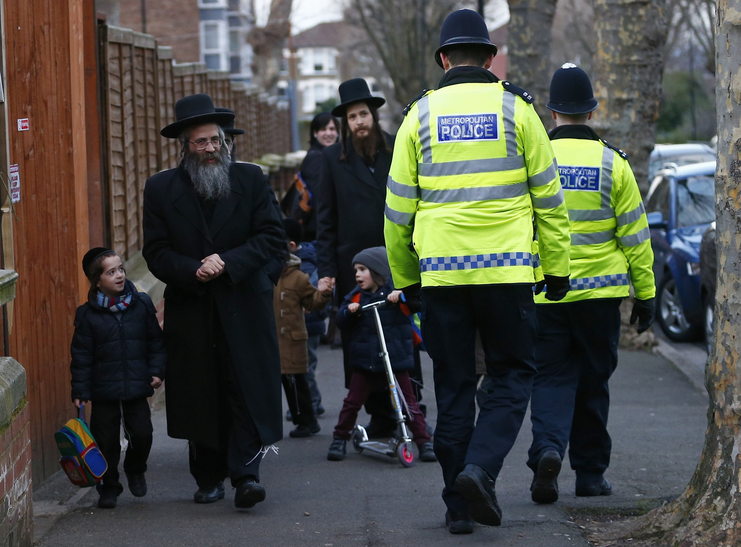 0204_Britain_Jews_AntiSemitism_01.