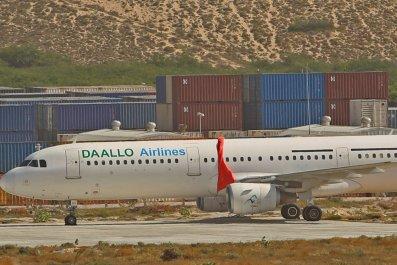 somalia plane suicide bomber_0204