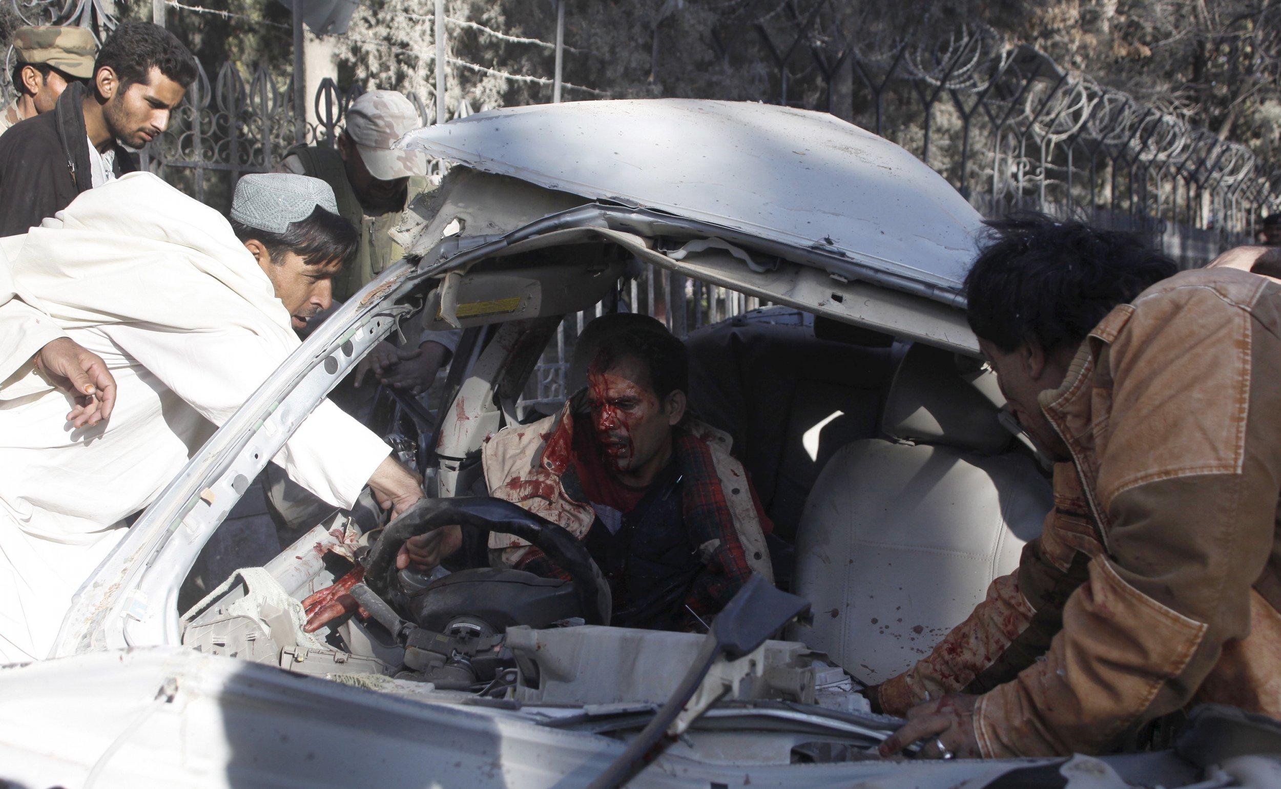 0206_pakistan_bomber