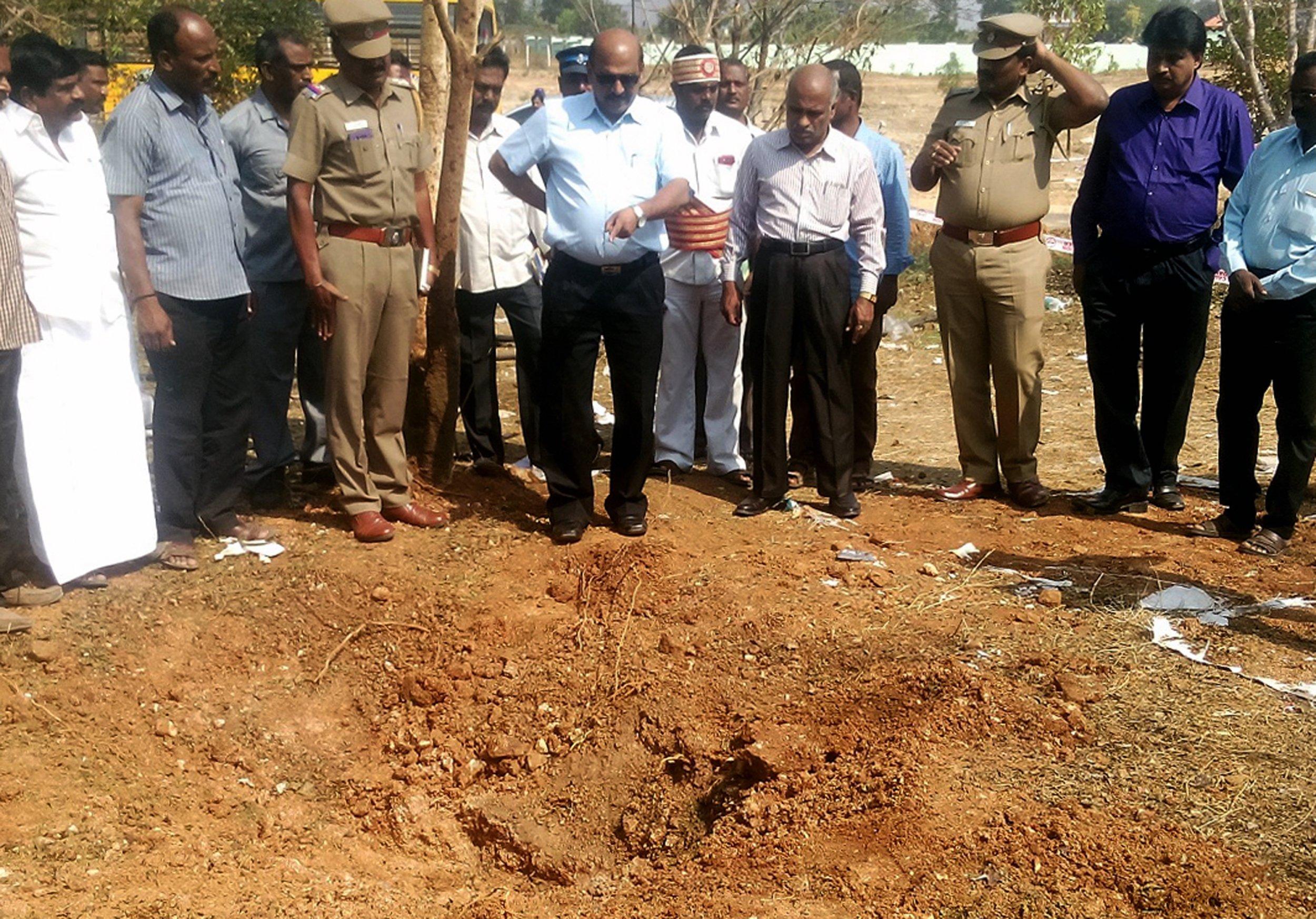 india meteorite kills bus driver